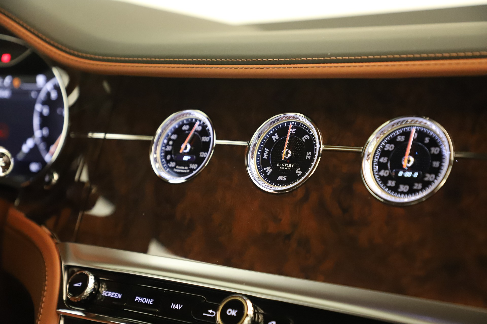 Used 2020 Bentley Continental GT V8 For Sale In Westport, CT 3460_p26