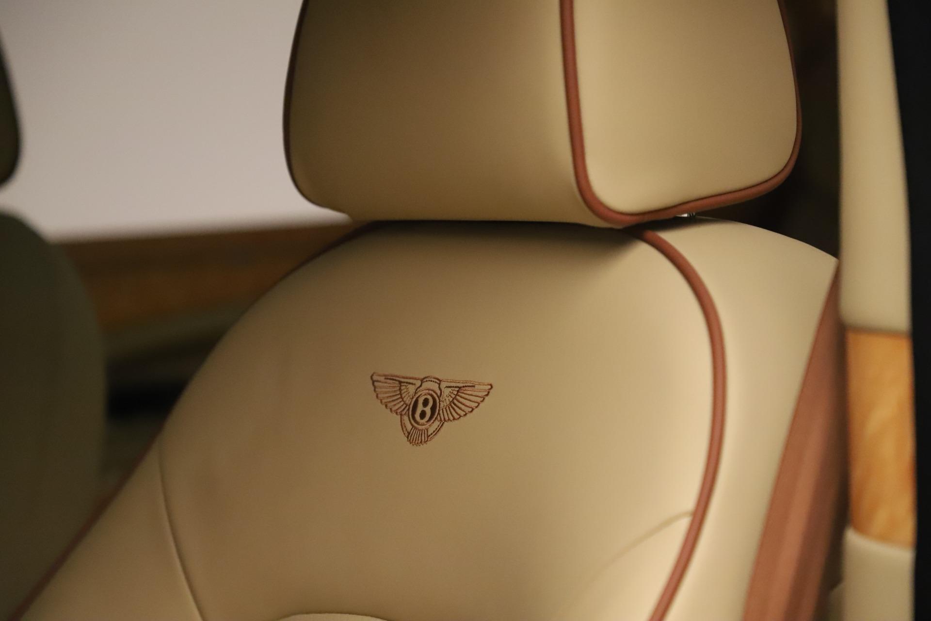 Used 2016 Bentley Mulsanne  For Sale In Westport, CT 3461_p17