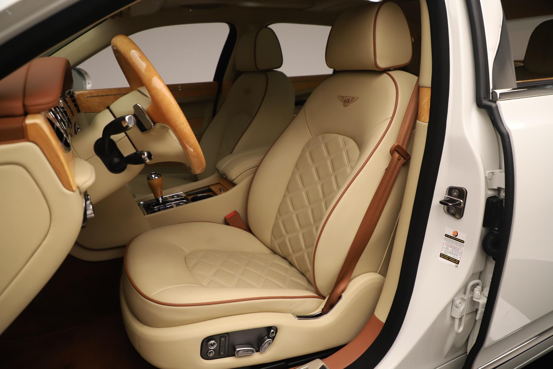 Used 2016 Bentley Mulsanne  For Sale In Westport, CT 3461_p20