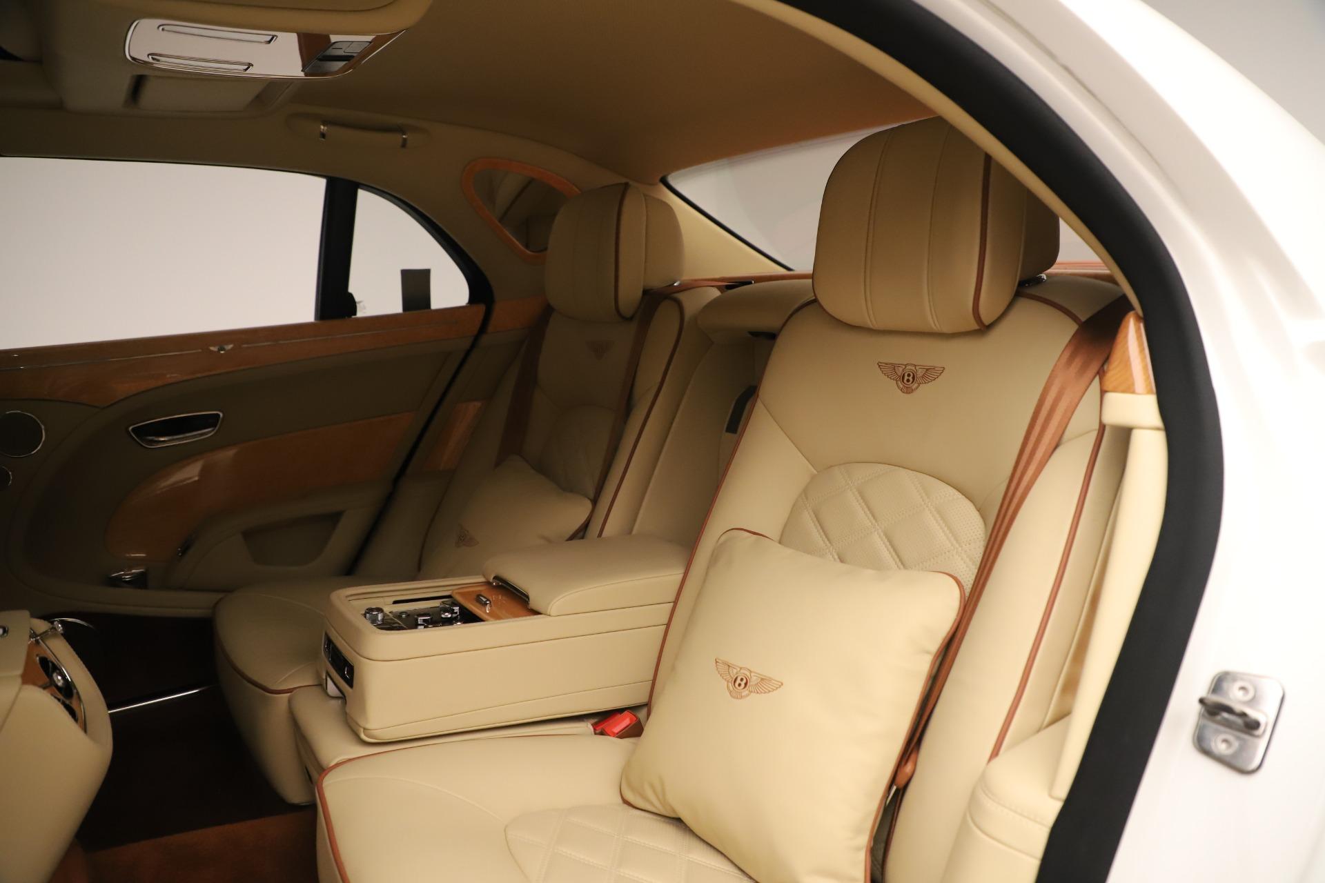 Used 2016 Bentley Mulsanne  For Sale In Westport, CT 3461_p21