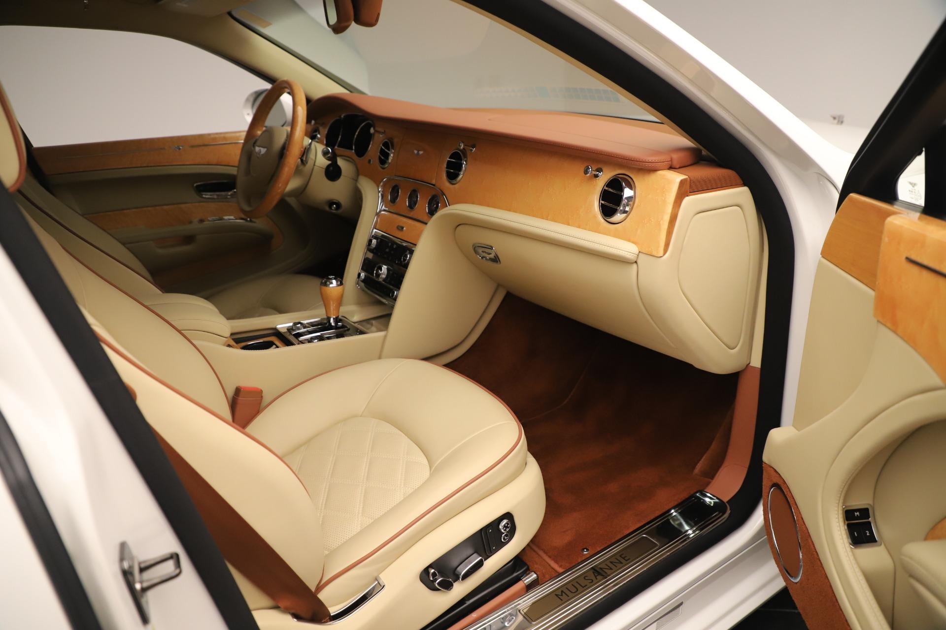 Used 2016 Bentley Mulsanne  For Sale In Westport, CT 3461_p25
