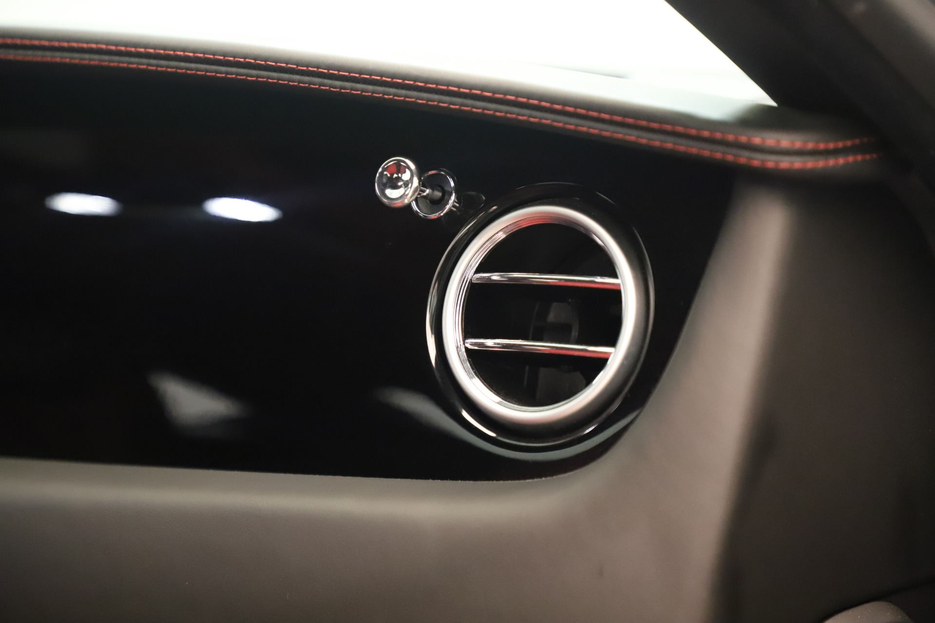 Used 2016 Bentley Continental GT V8 S For Sale In Westport, CT 3462_p32
