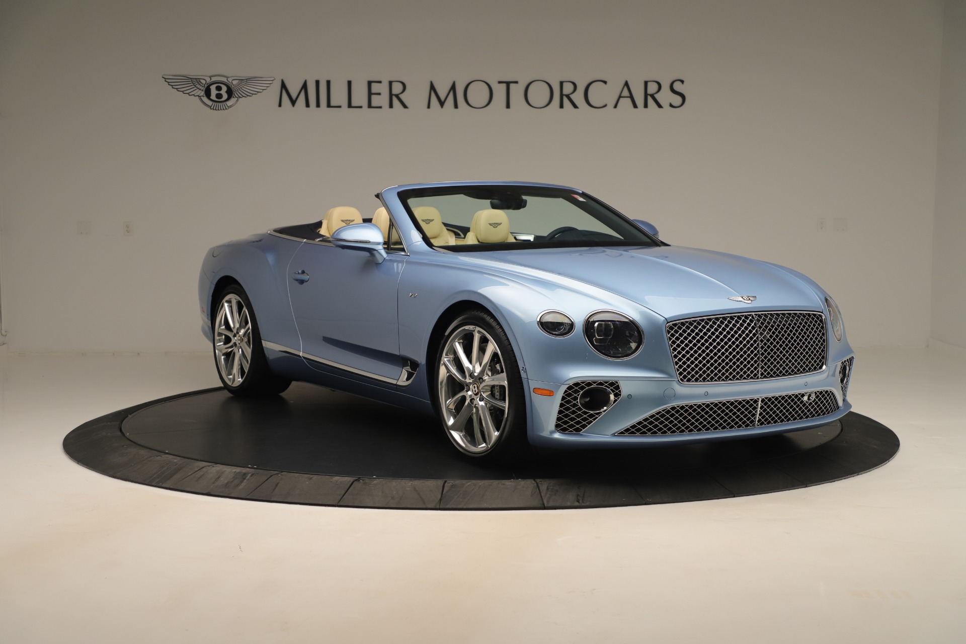 Used 2020 Bentley Continental GTC V8 For Sale In Westport, CT 3472_p11