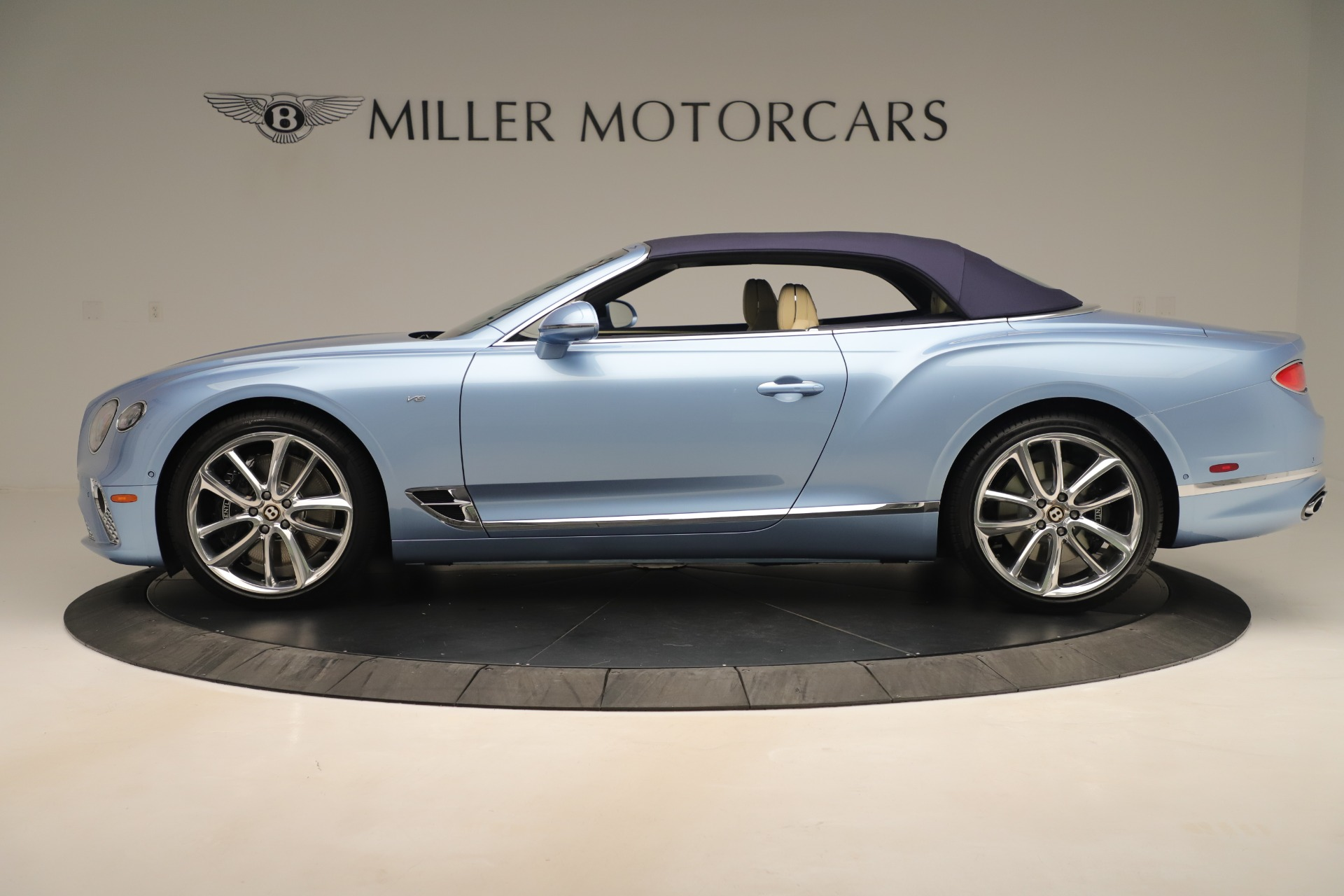 Used 2020 Bentley Continental GTC V8 For Sale In Westport, CT 3472_p14