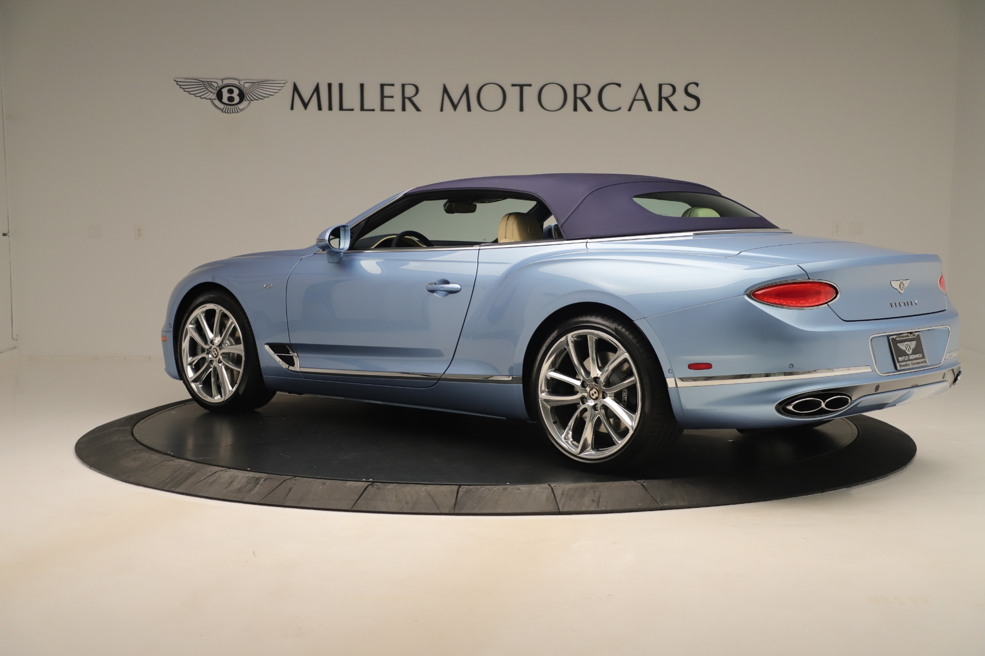 Used 2020 Bentley Continental GTC V8 For Sale In Westport, CT 3472_p15