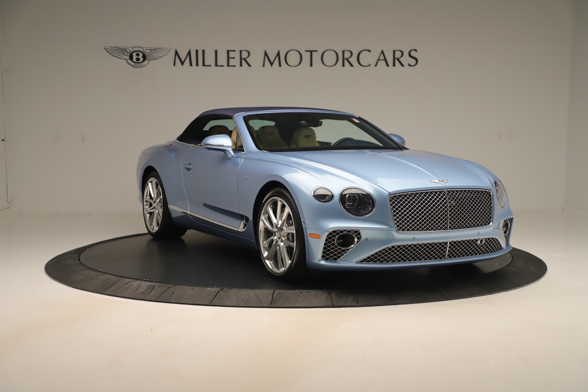 Used 2020 Bentley Continental GTC V8 For Sale In Westport, CT 3472_p18