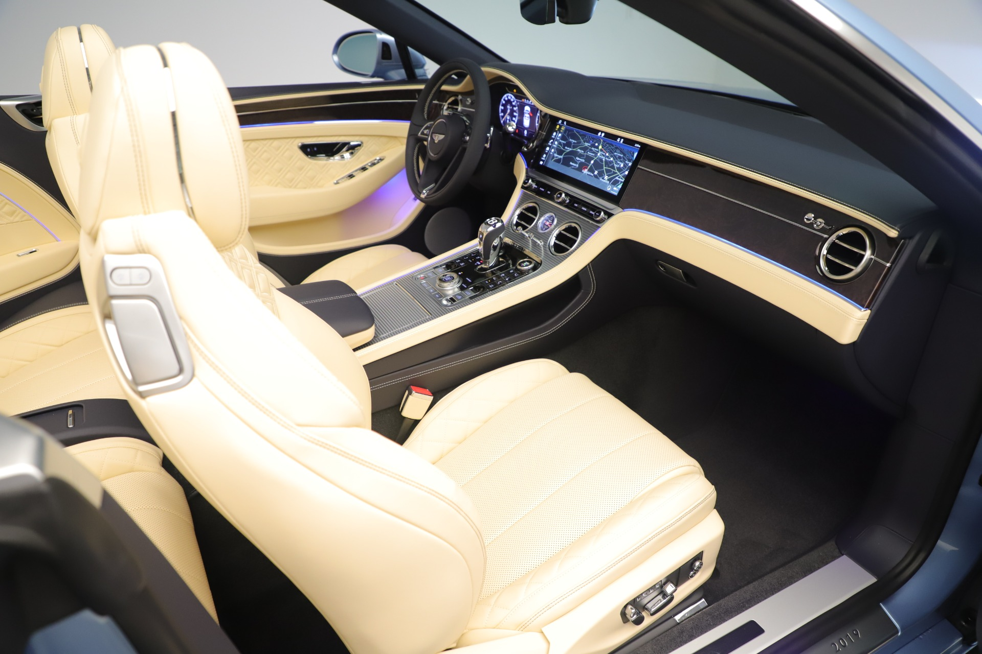 Used 2020 Bentley Continental GTC V8 For Sale In Westport, CT 3472_p32