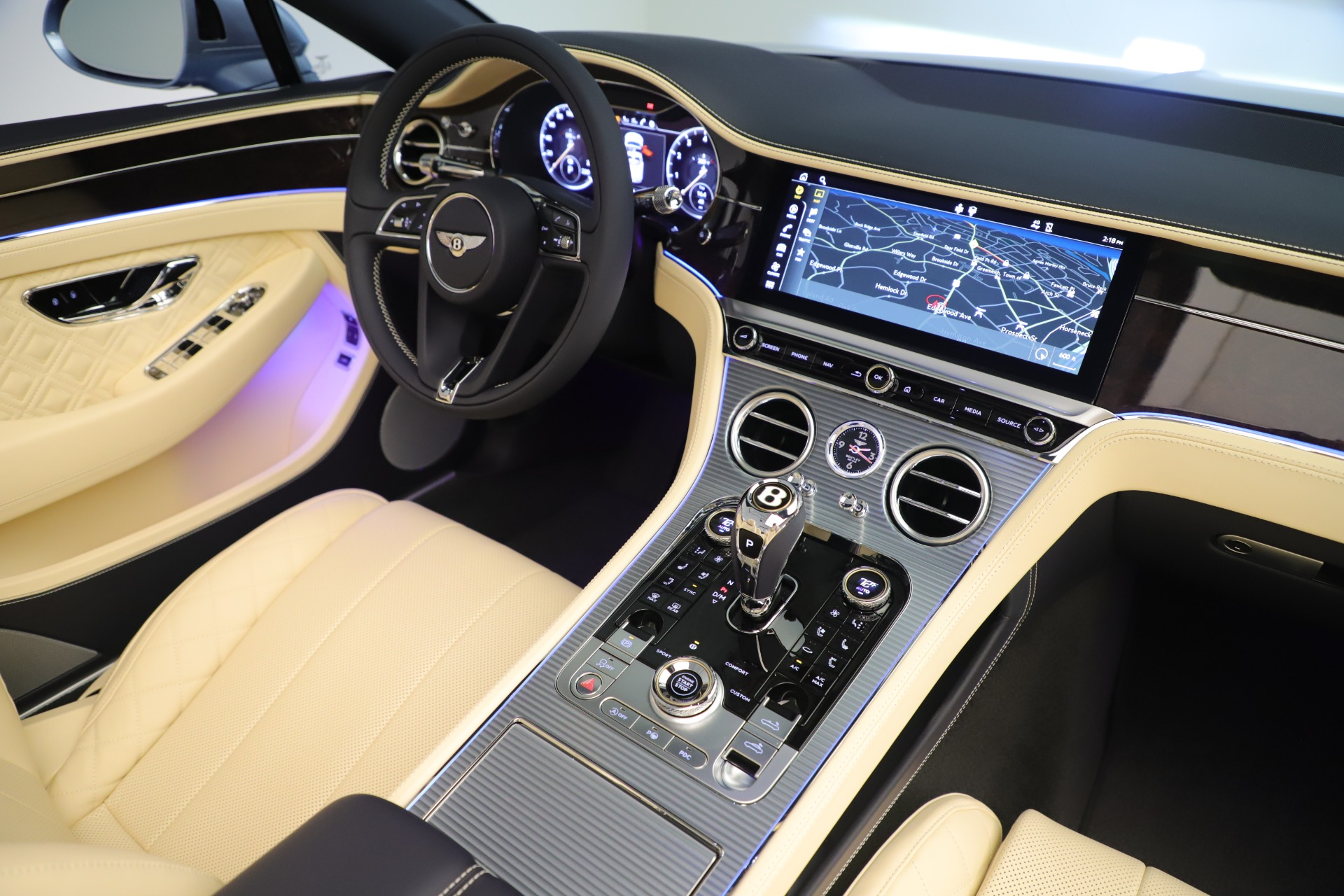 Used 2020 Bentley Continental GTC V8 For Sale In Westport, CT 3472_p33