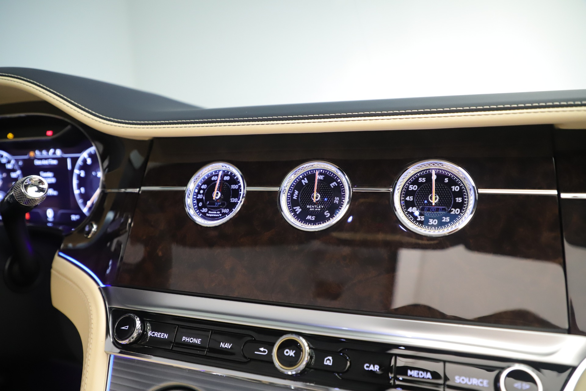 Used 2020 Bentley Continental GTC V8 For Sale In Westport, CT 3472_p34