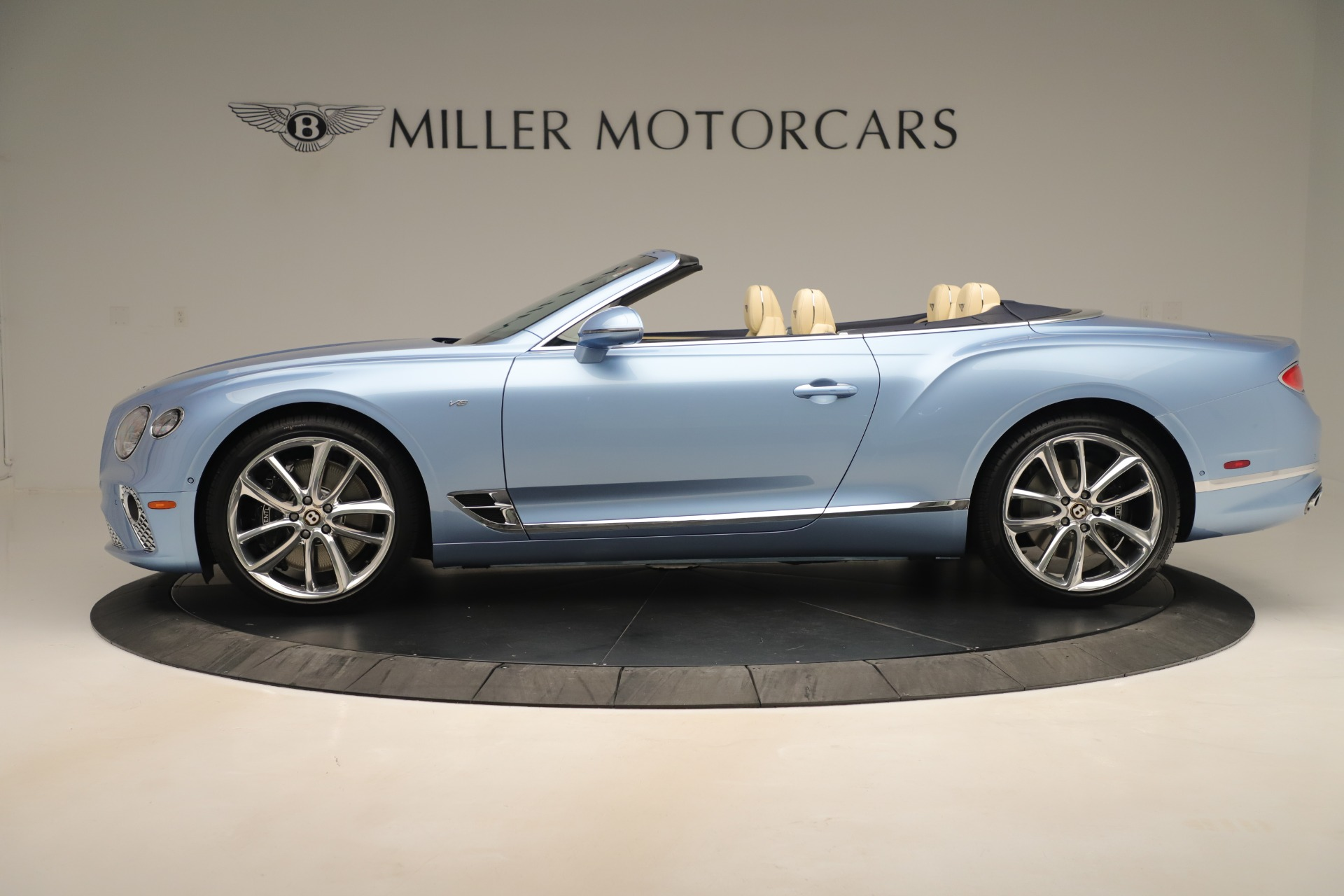 Used 2020 Bentley Continental GTC V8 For Sale In Westport, CT 3472_p3