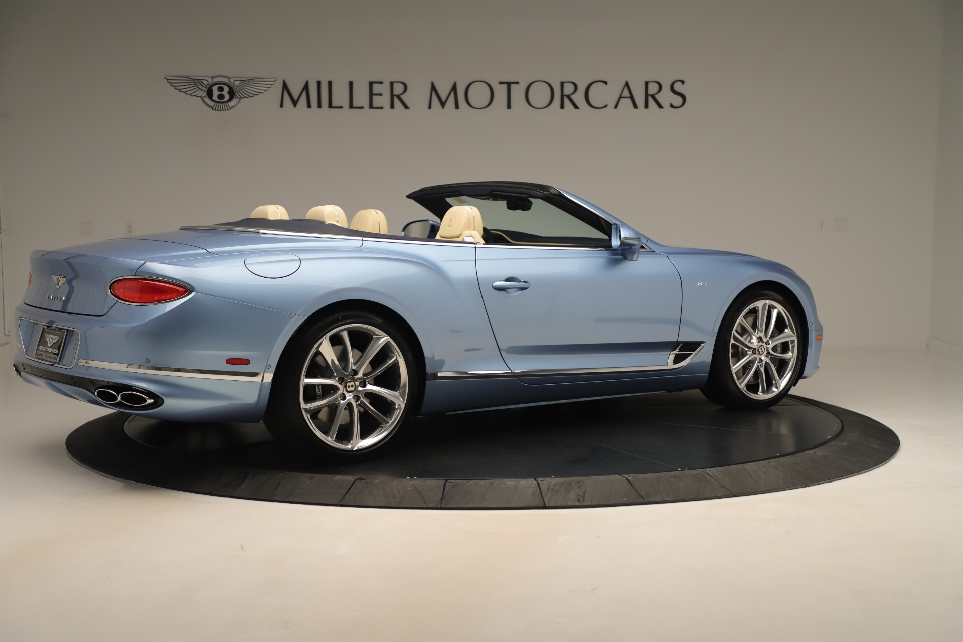 Used 2020 Bentley Continental GTC V8 For Sale In Westport, CT 3472_p8