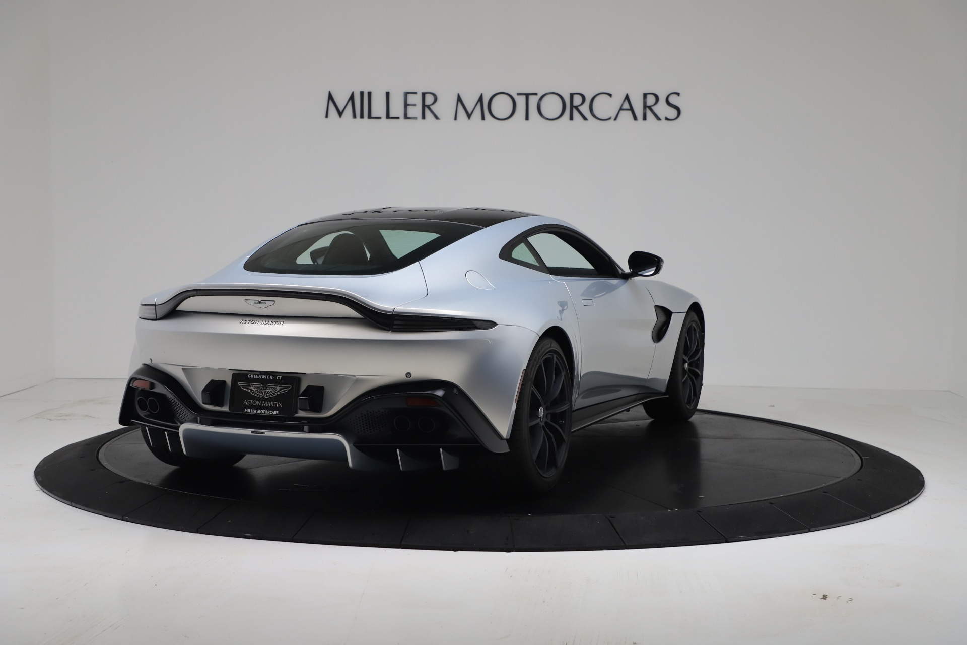 New 2020 Aston Martin Vantage V8 For Sale In Westport, CT 3481_p15