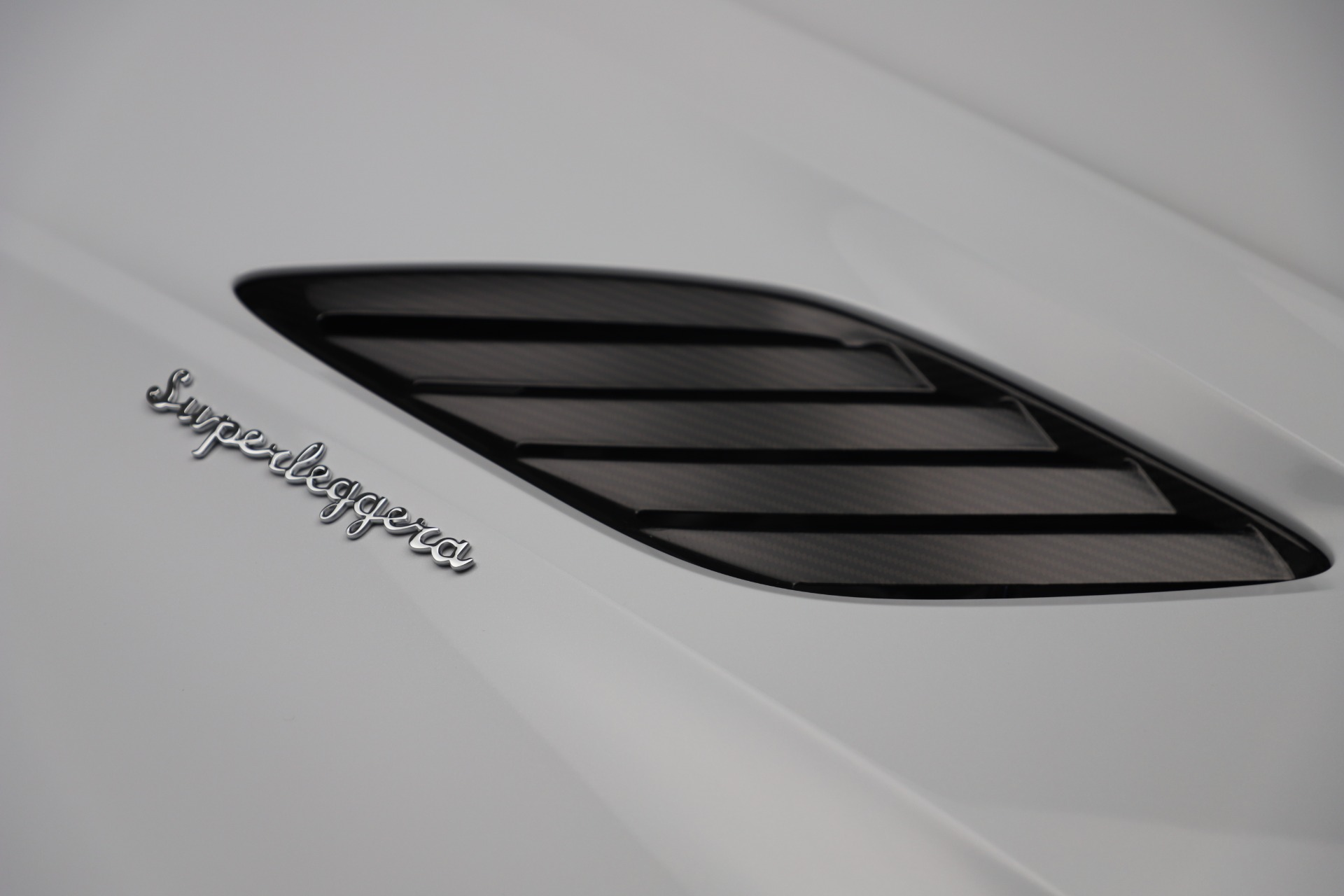 New 2020 Aston Martin DBS Superleggera Volante Convertible For Sale In Westport, CT 3484_p31