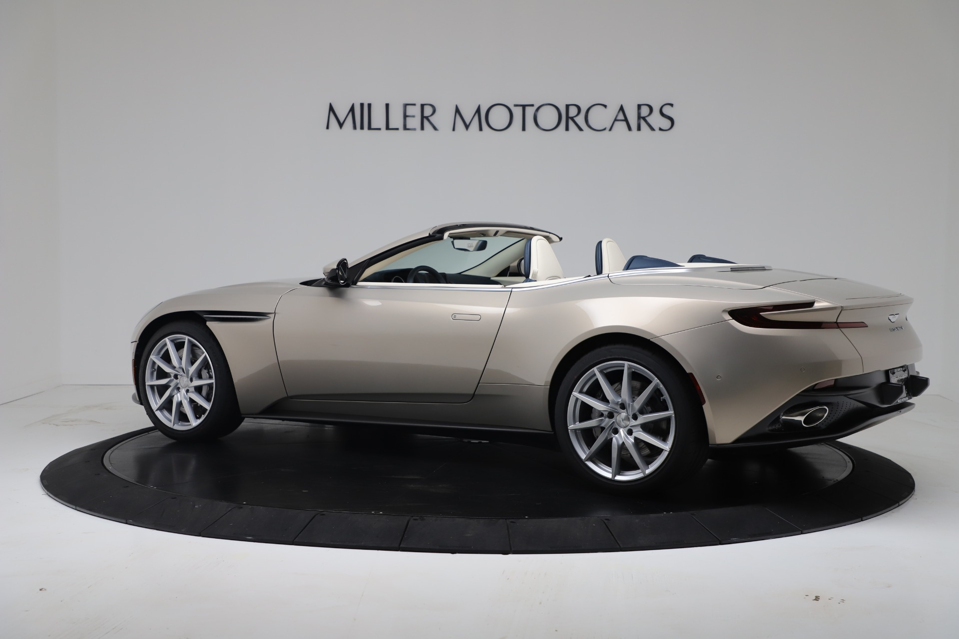New 2020 Aston Martin DB11 V8 For Sale In Westport, CT 3485_p21