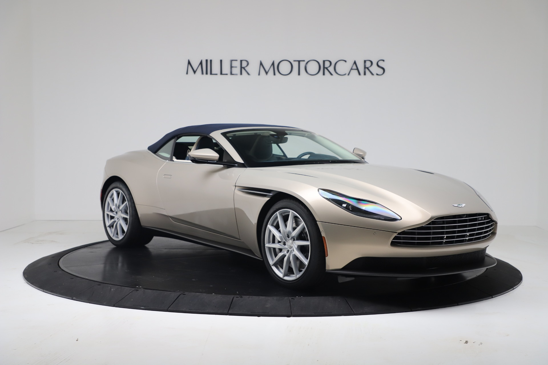 New 2020 Aston Martin DB11 V8 For Sale In Westport, CT 3485_p28