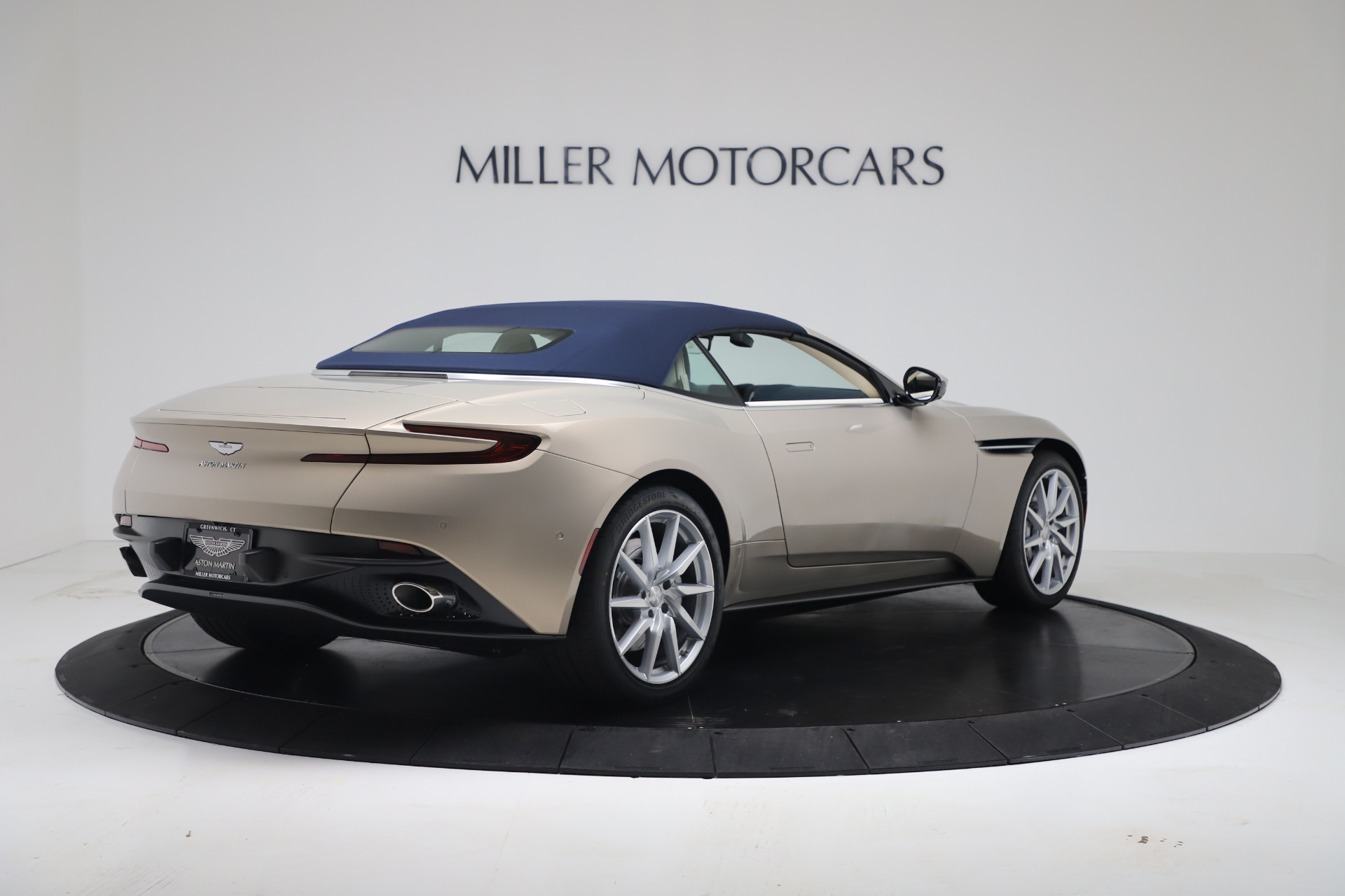 New 2020 Aston Martin DB11 V8 For Sale In Westport, CT 3485_p32