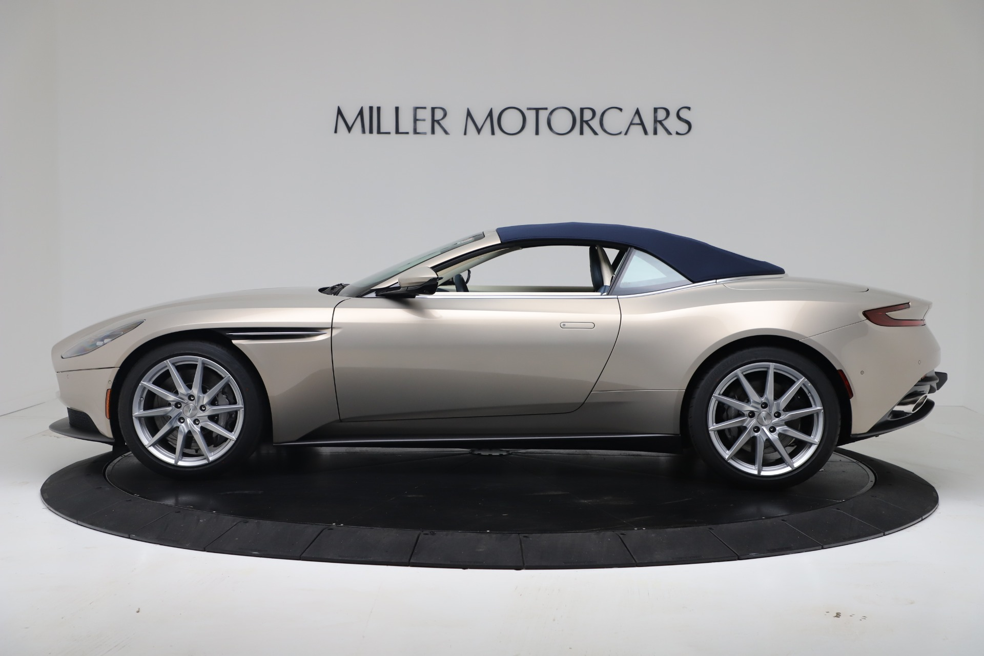 New 2020 Aston Martin DB11 V8 For Sale In Westport, CT 3485_p34