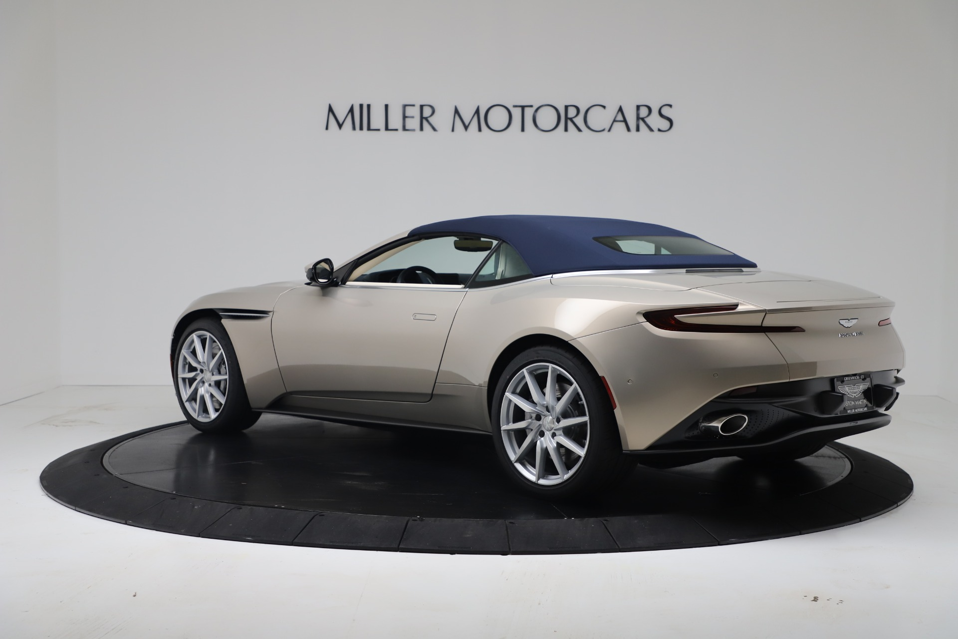 New 2020 Aston Martin DB11 V8 For Sale In Westport, CT 3485_p36