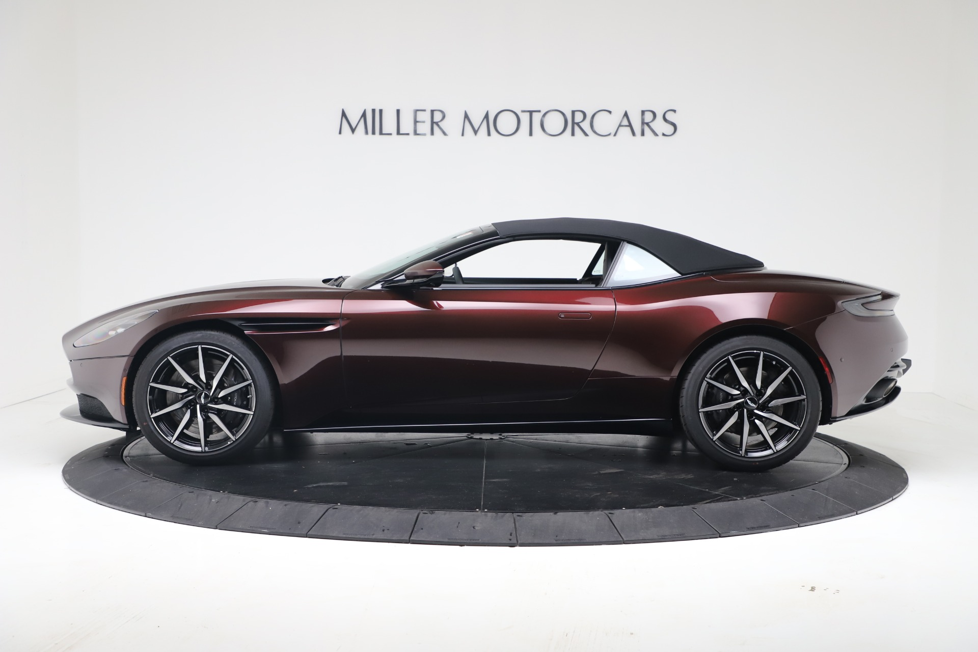 New 2020 Aston Martin DB11 V8 For Sale In Westport, CT 3487_p14