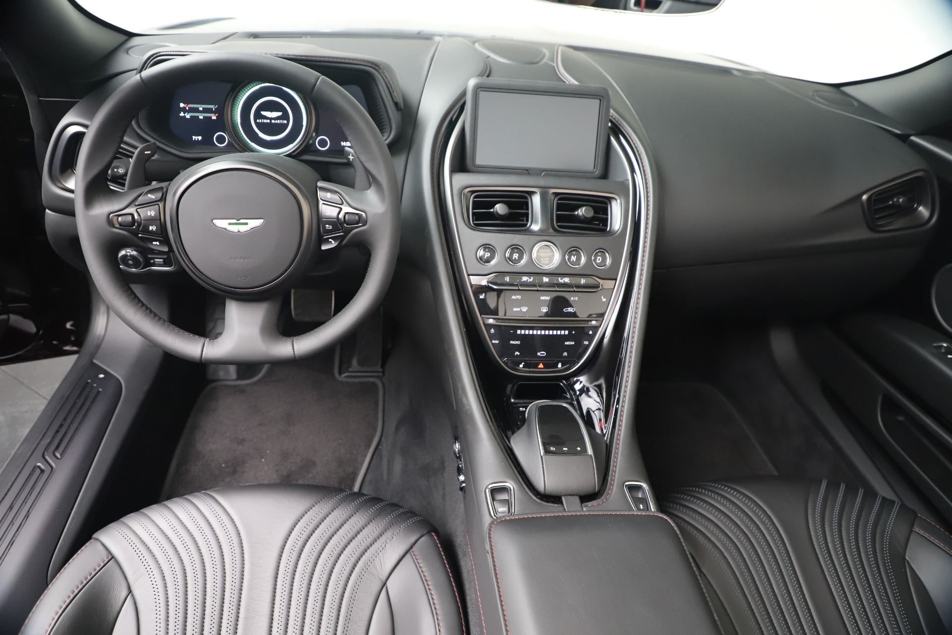 New 2020 Aston Martin DB11 V8 For Sale In Westport, CT 3487_p23