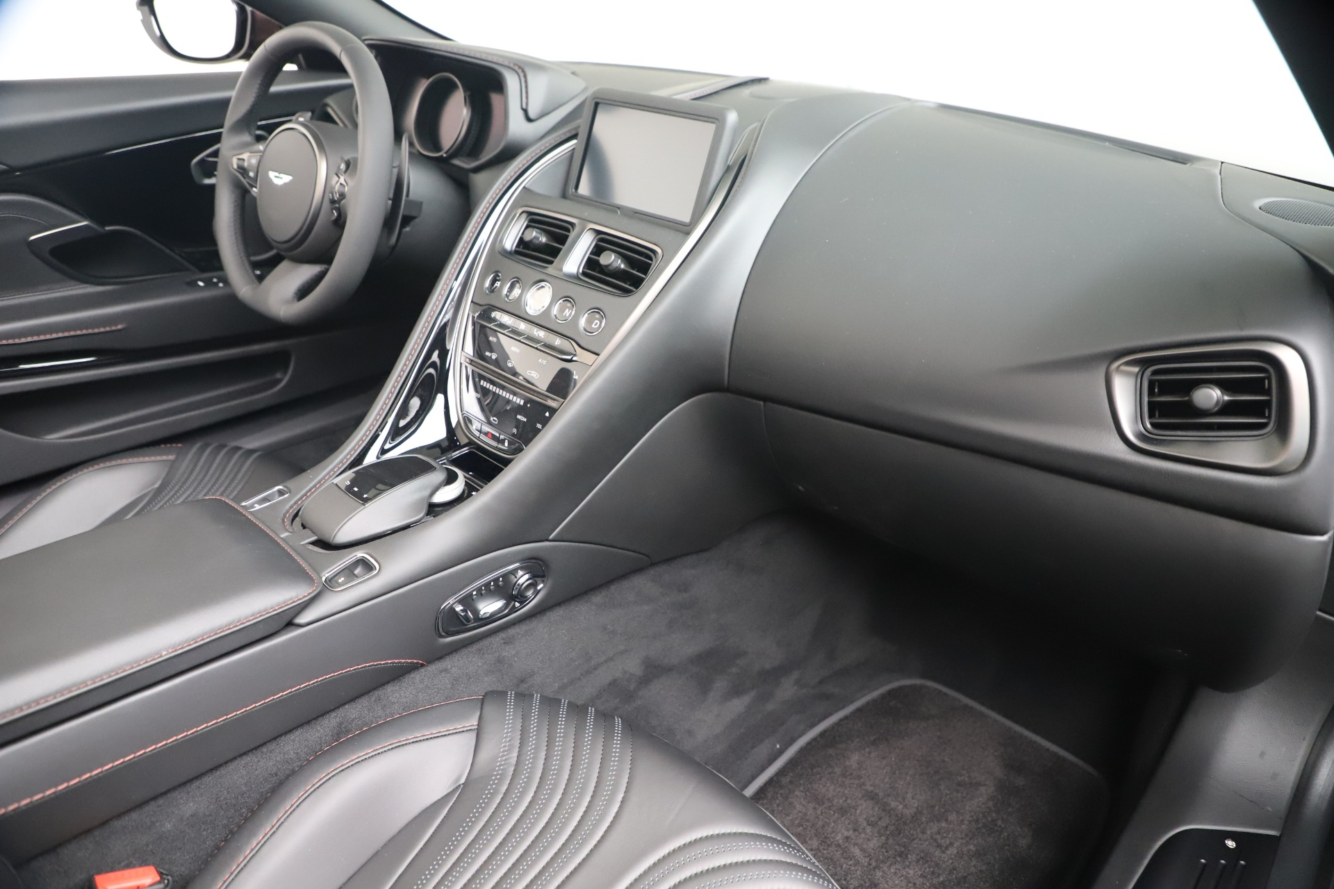 New 2020 Aston Martin DB11 V8 For Sale In Westport, CT 3487_p27