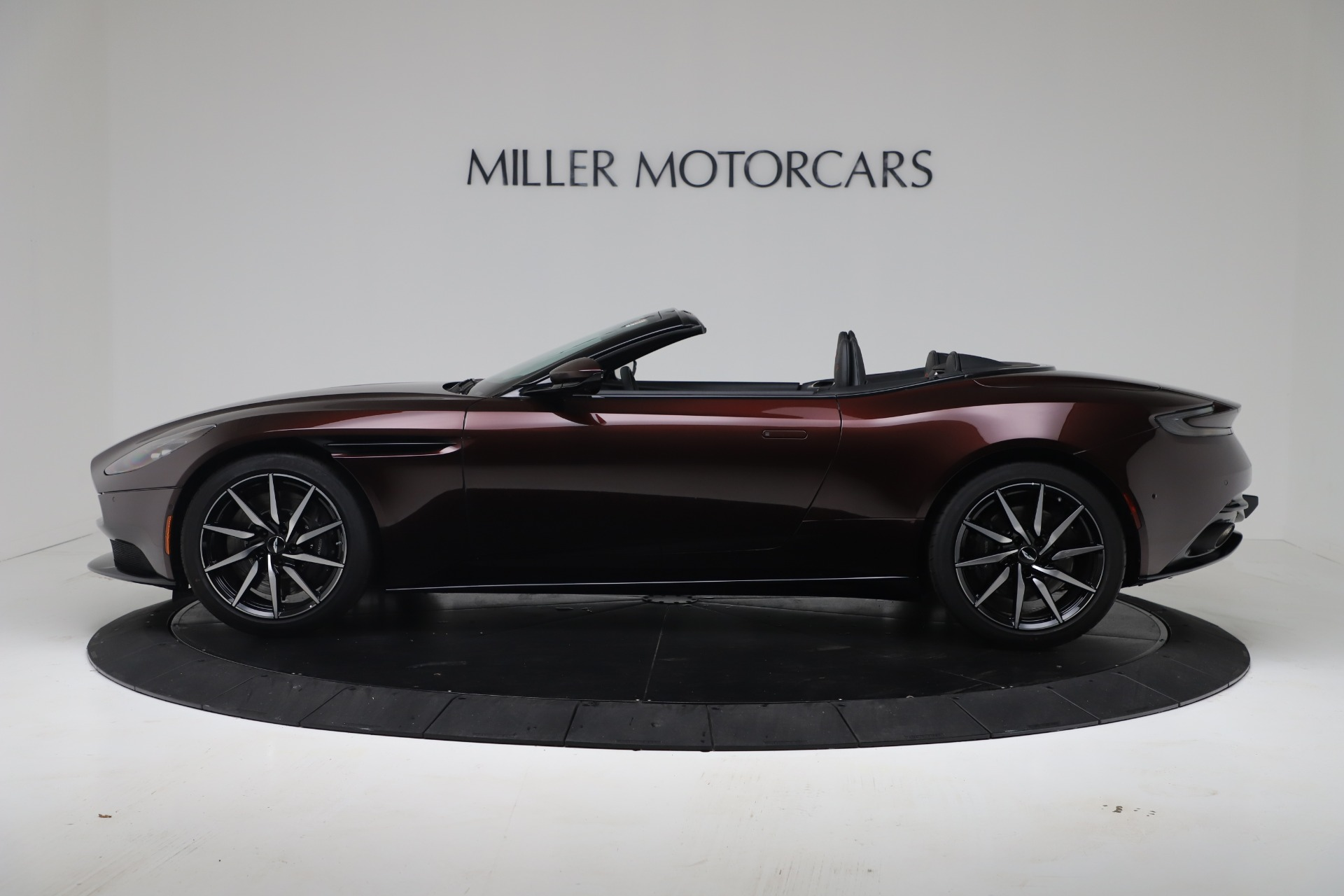 New 2020 Aston Martin DB11 V8 For Sale In Westport, CT 3487_p5