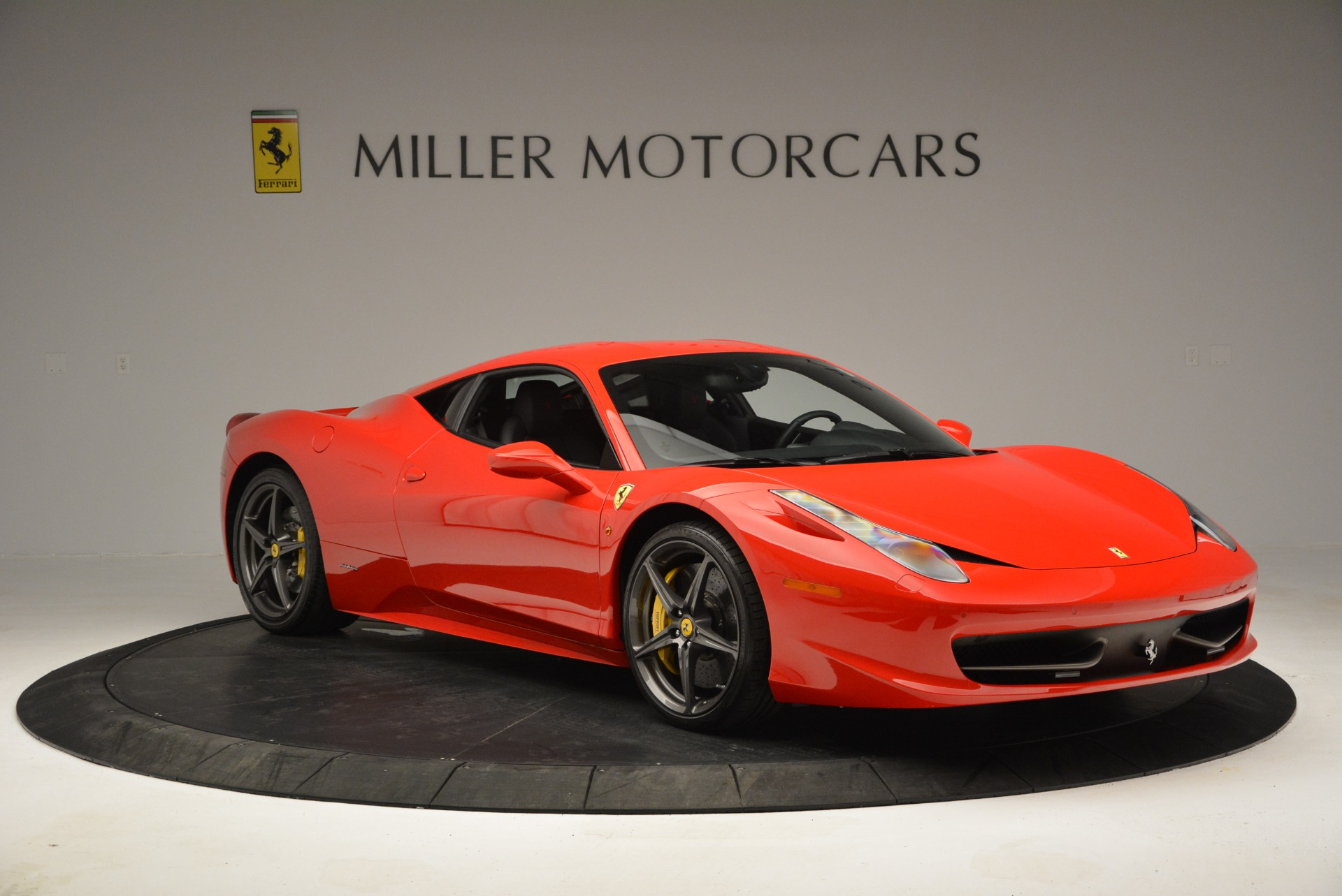 Used 2013 Ferrari 458 Italia  For Sale In Westport, CT 3490_p11