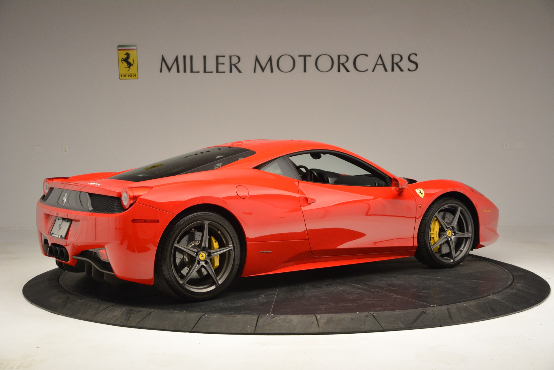 Used 2013 Ferrari 458 Italia  For Sale In Westport, CT 3490_p8