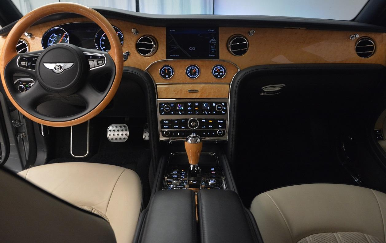Used 2012 Bentley Mulsanne  For Sale In Westport, CT 35_p30