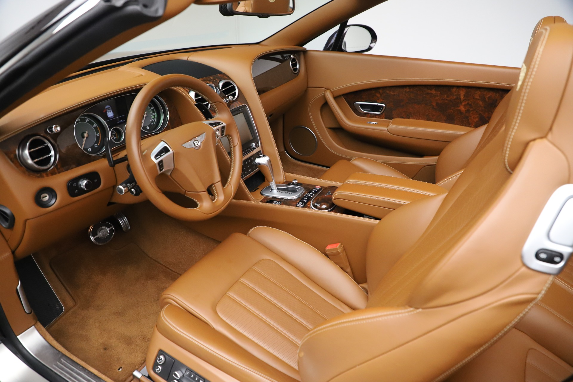 Used 2013 Bentley Continental GT W12 For Sale In Westport, CT 3505_p23