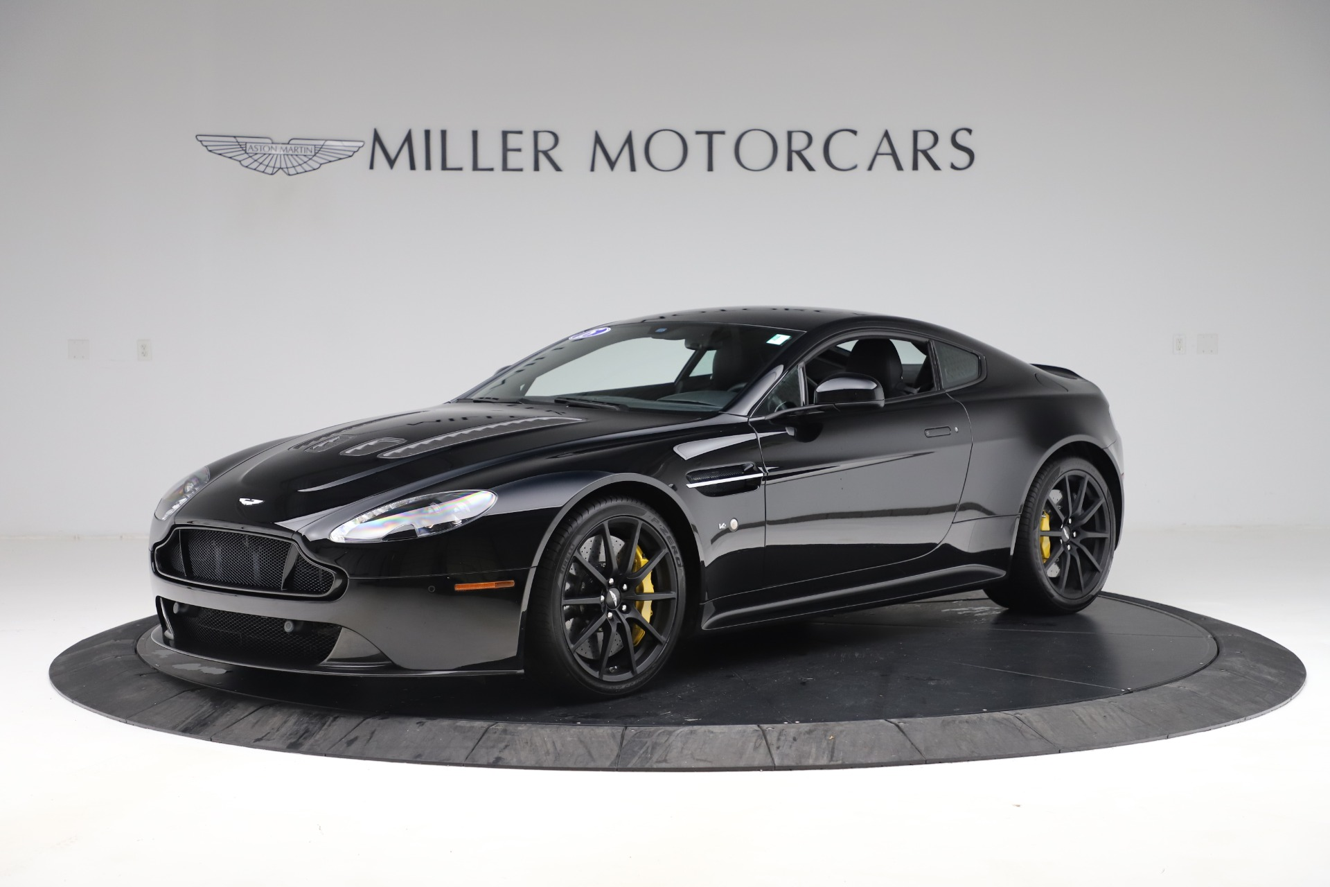 Used 2015 Aston Martin V12 Vantage S Coupe For Sale In Westport, CT 3513_main