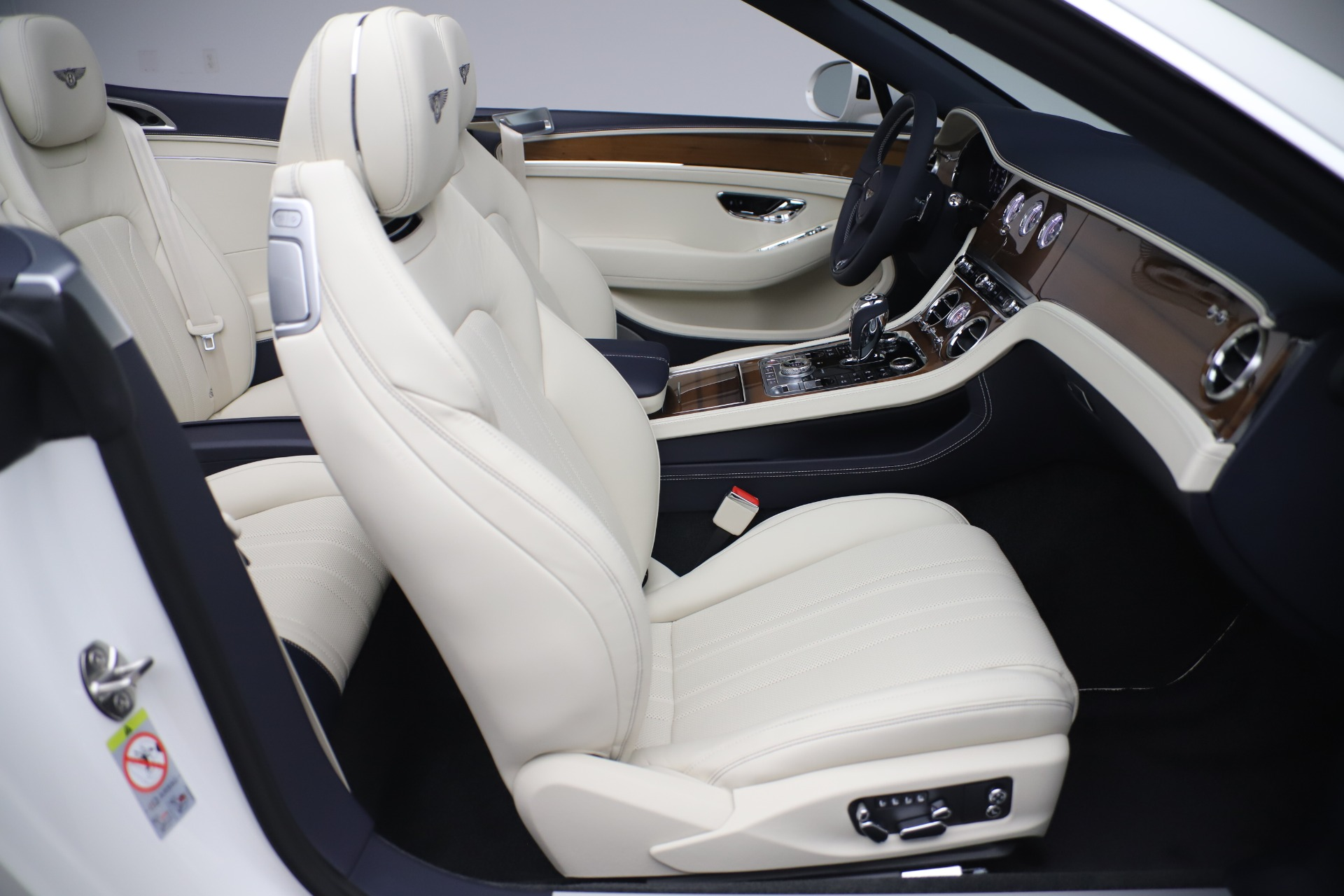 New 2020 Bentley Continental GT V8 For Sale In Westport, CT 3516_p32
