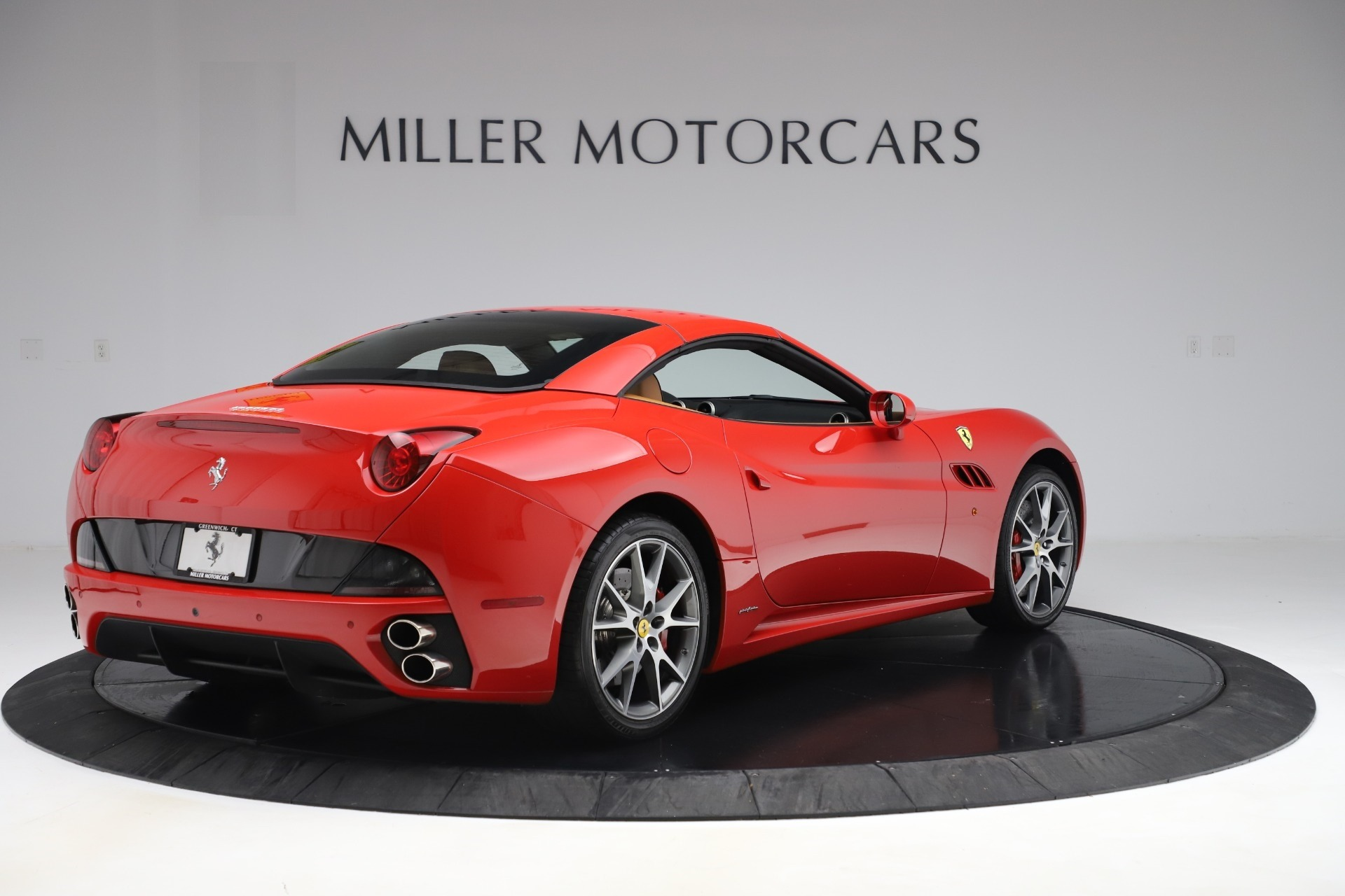 Used 2013 Ferrari California  For Sale In Westport, CT 3522_p16