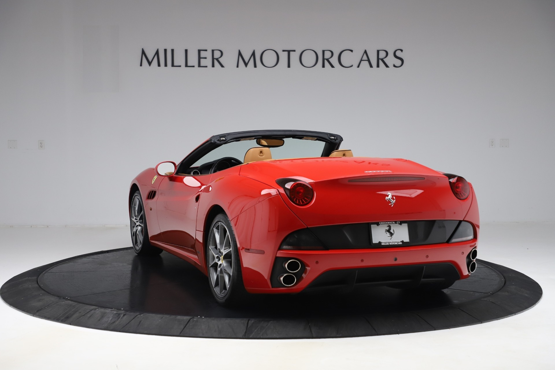 Used 2013 Ferrari California  For Sale In Westport, CT 3522_p5