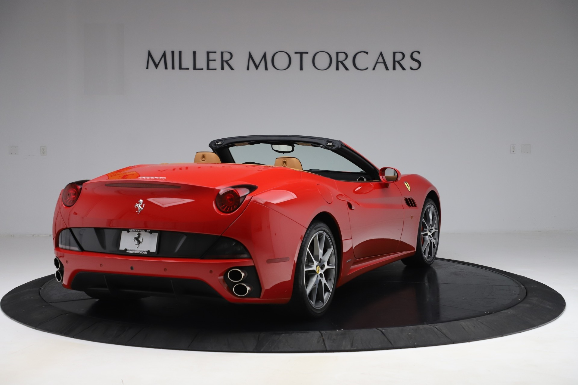 Used 2013 Ferrari California  For Sale In Westport, CT 3522_p7