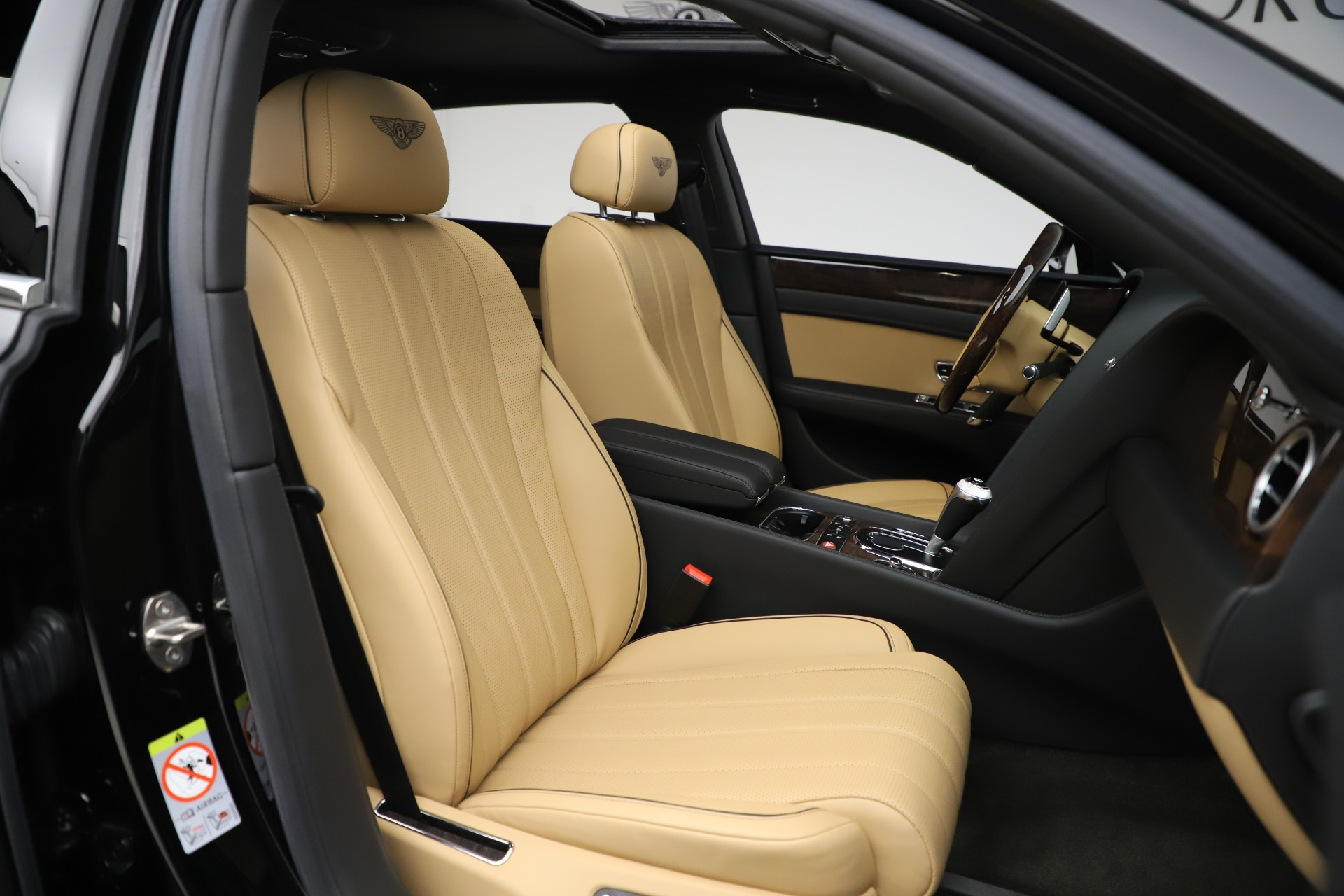 Used 2016 Bentley Flying Spur V8 For Sale In Westport, CT 3526_p26