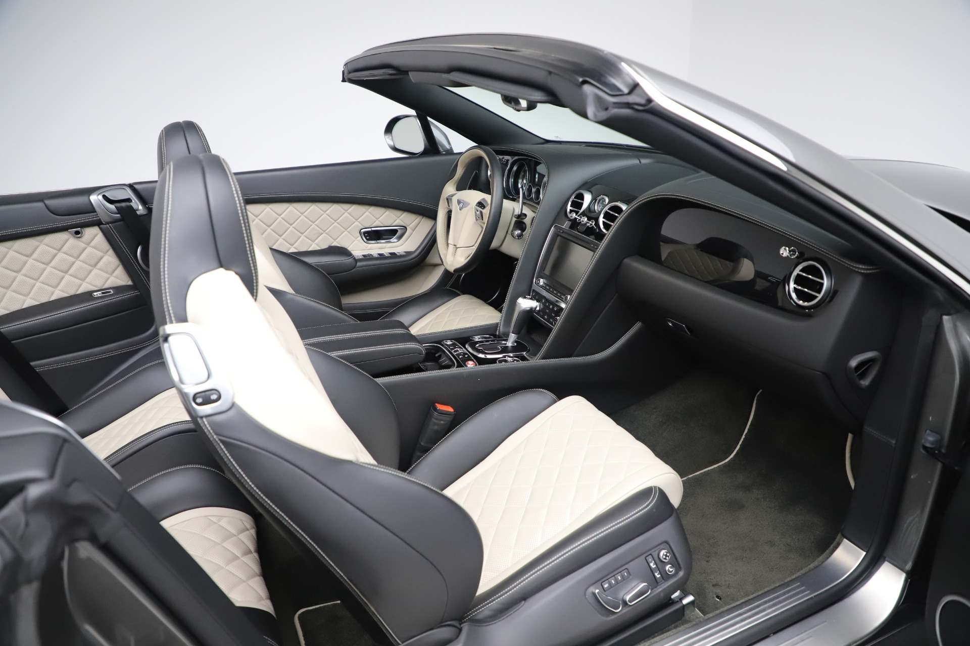 Used 2016 Bentley Continental GT V8 S For Sale In Westport, CT 3527_p29