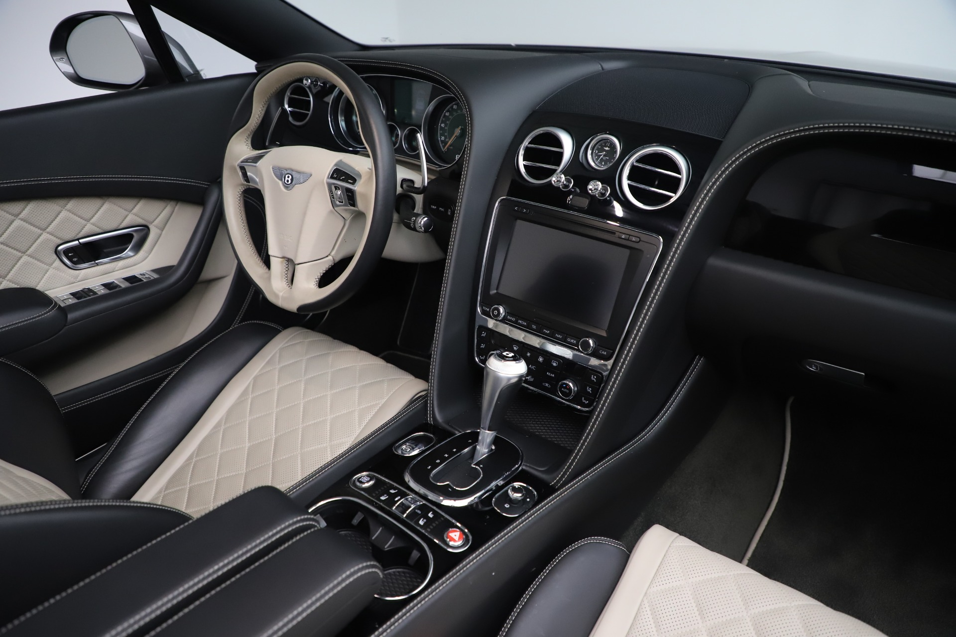 Used 2016 Bentley Continental GT V8 S For Sale In Westport, CT 3527_p32