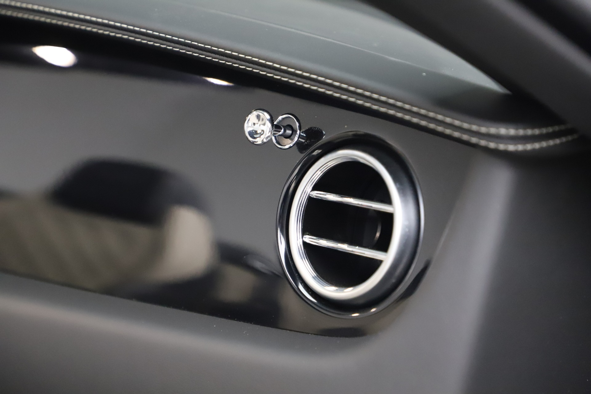 Used 2016 Bentley Continental GT V8 S For Sale In Westport, CT 3527_p33