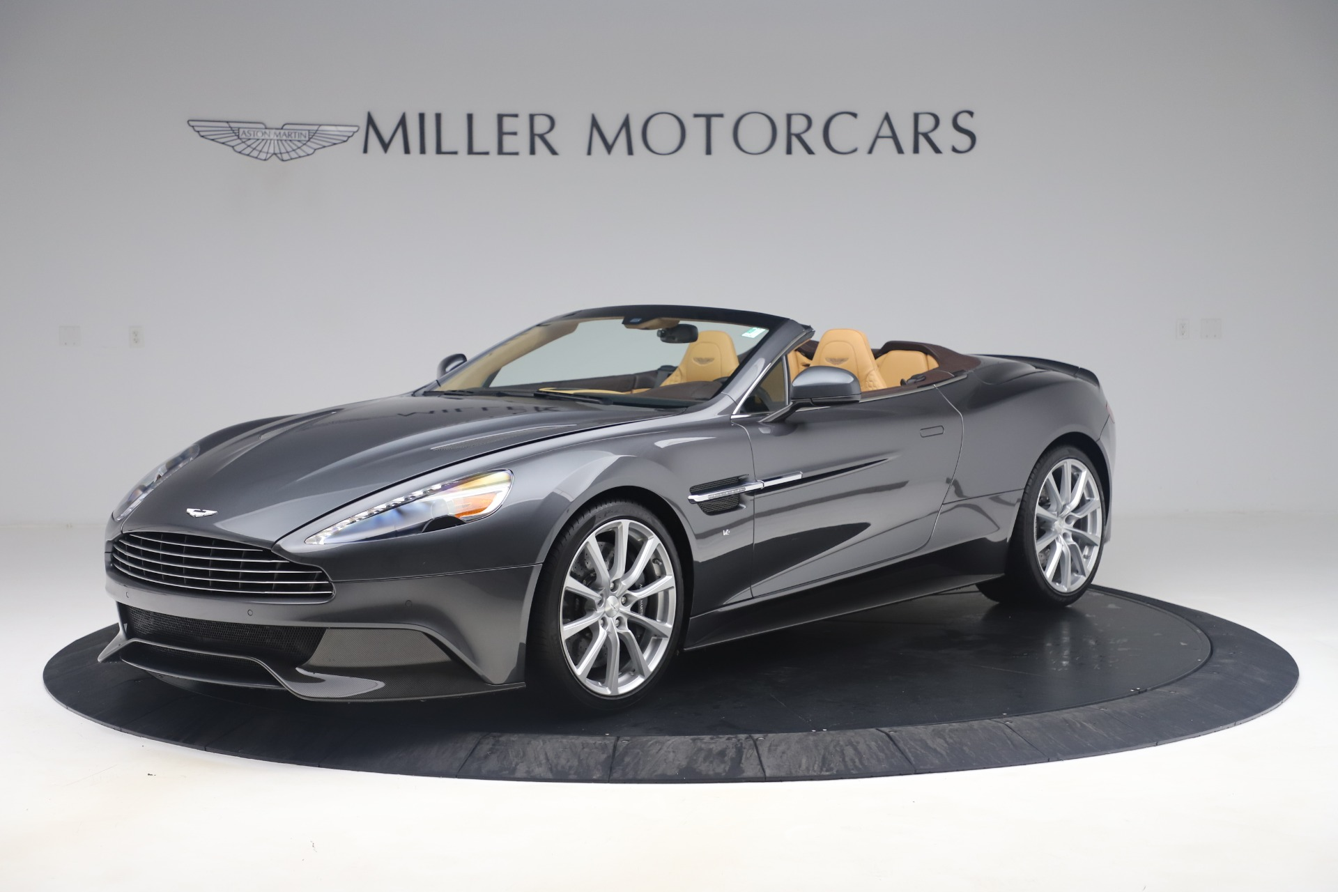 Used 2016 Aston Martin Vanquish Volante For Sale In Westport, CT 3542_main