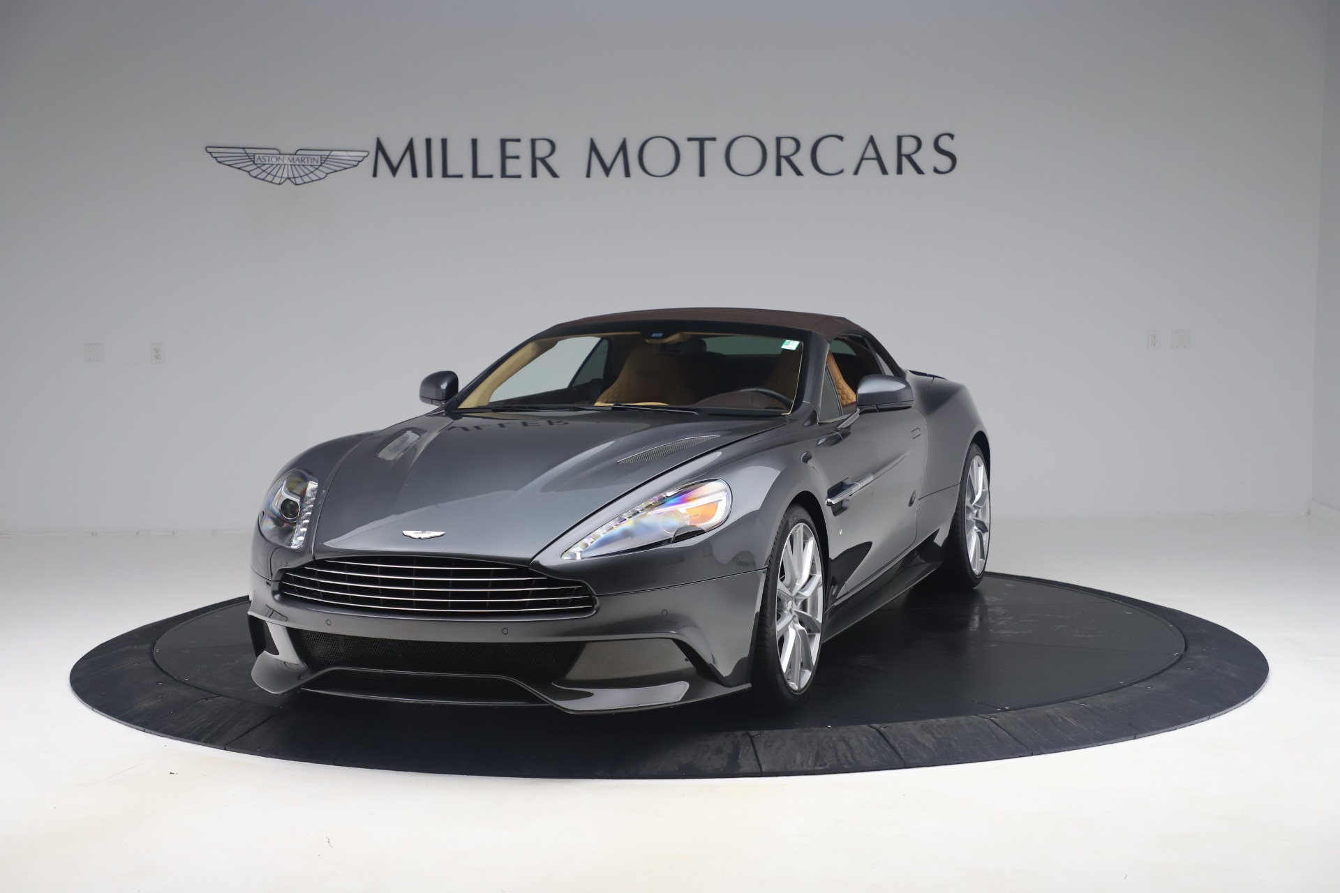 Used 2016 Aston Martin Vanquish Volante For Sale In Westport, CT 3542_p17