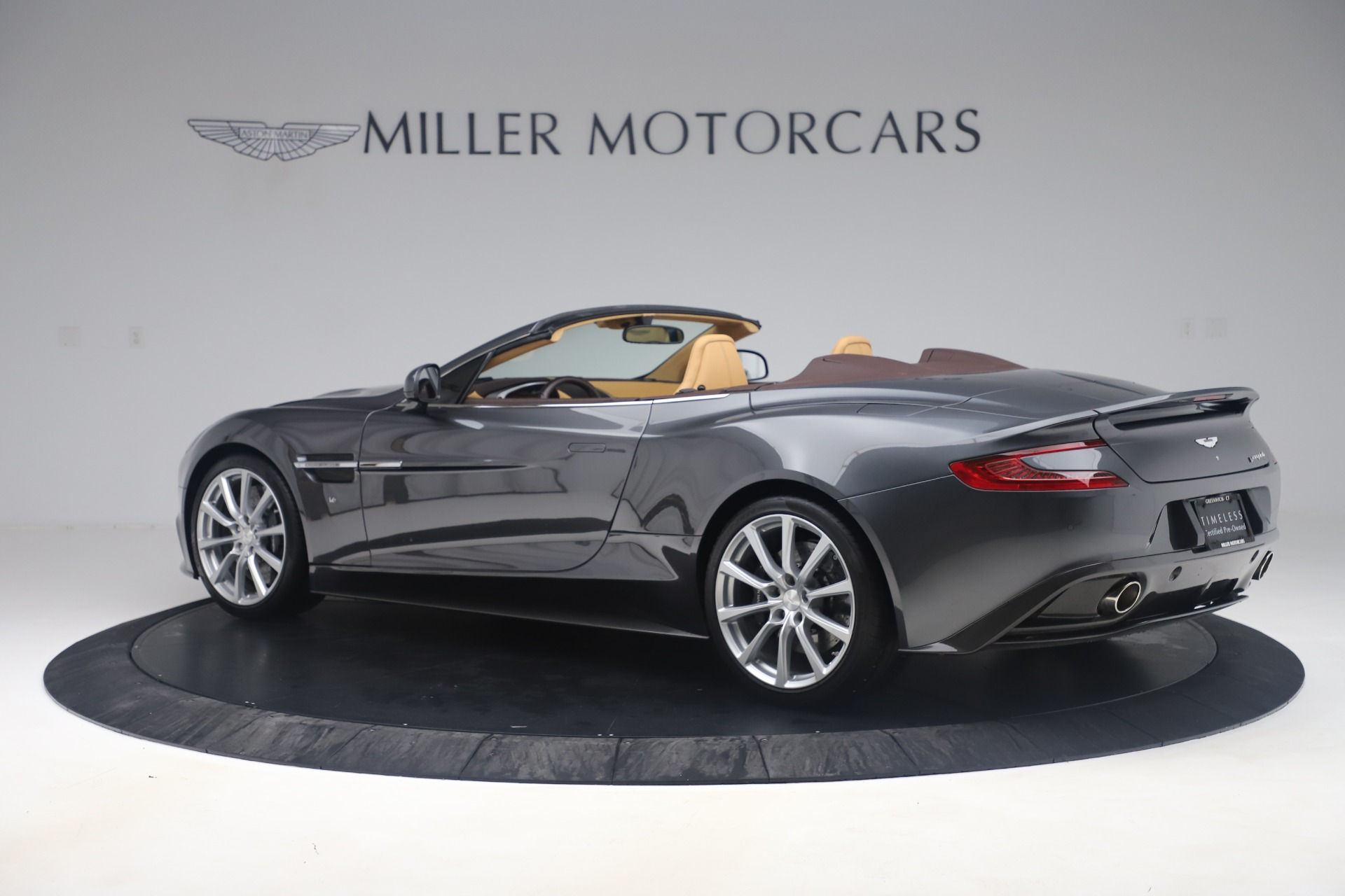 Used 2016 Aston Martin Vanquish Volante For Sale In Westport, CT 3542_p3