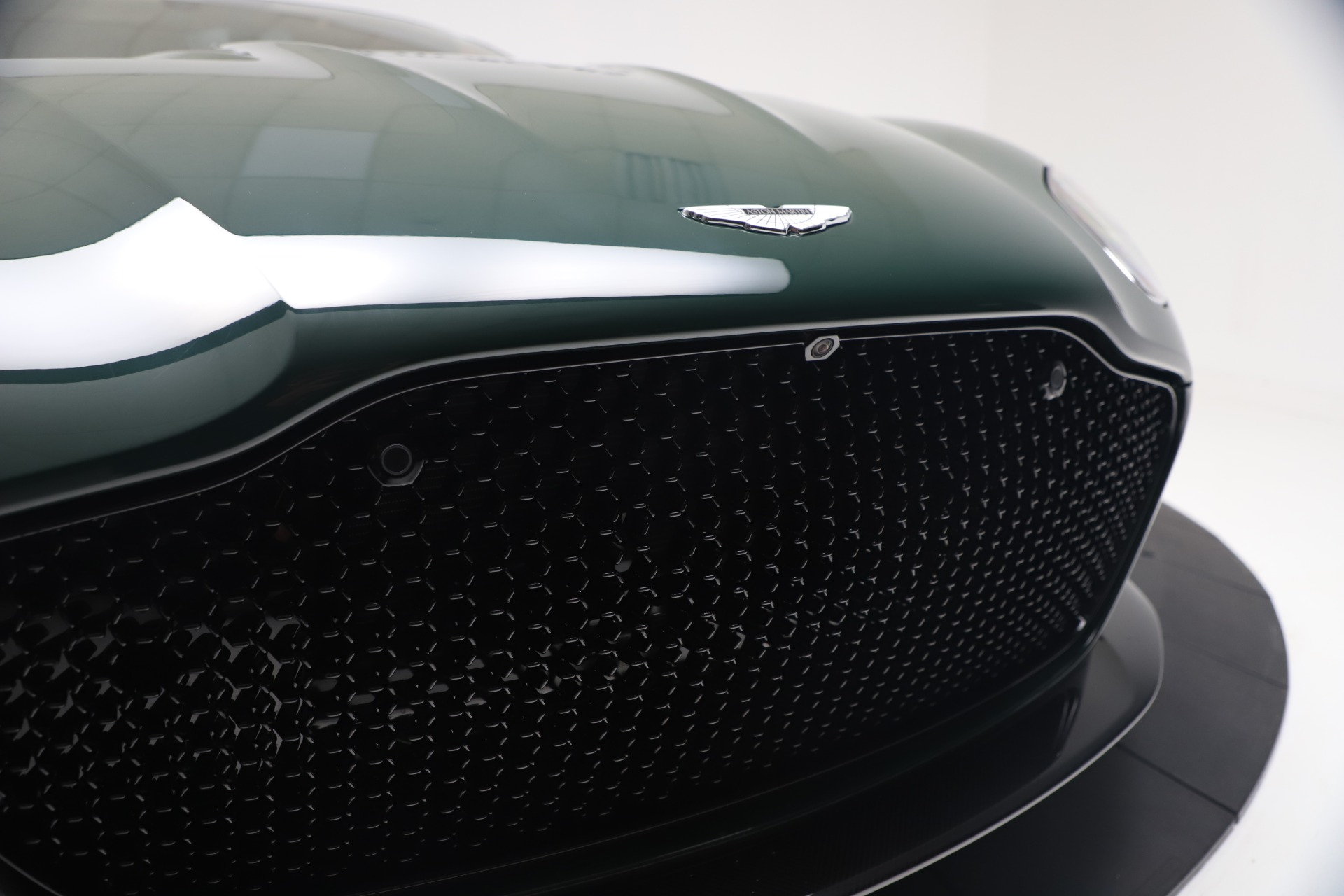 New 2020 Aston Martin DBS Superleggera For Sale In Westport, CT 3550_p25
