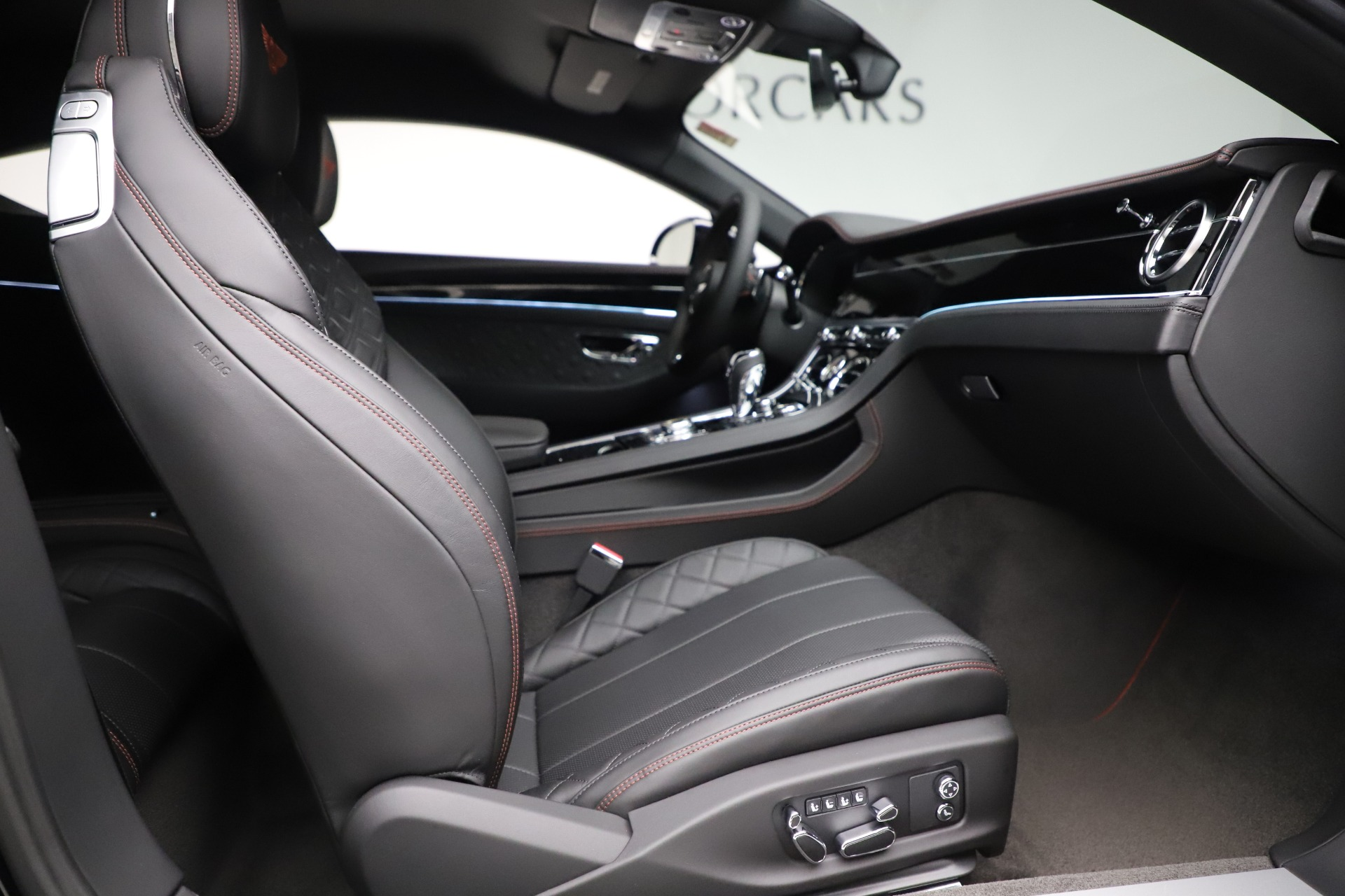 New 2020 Bentley Continental GT V8 For Sale In Westport, CT 3559_p26