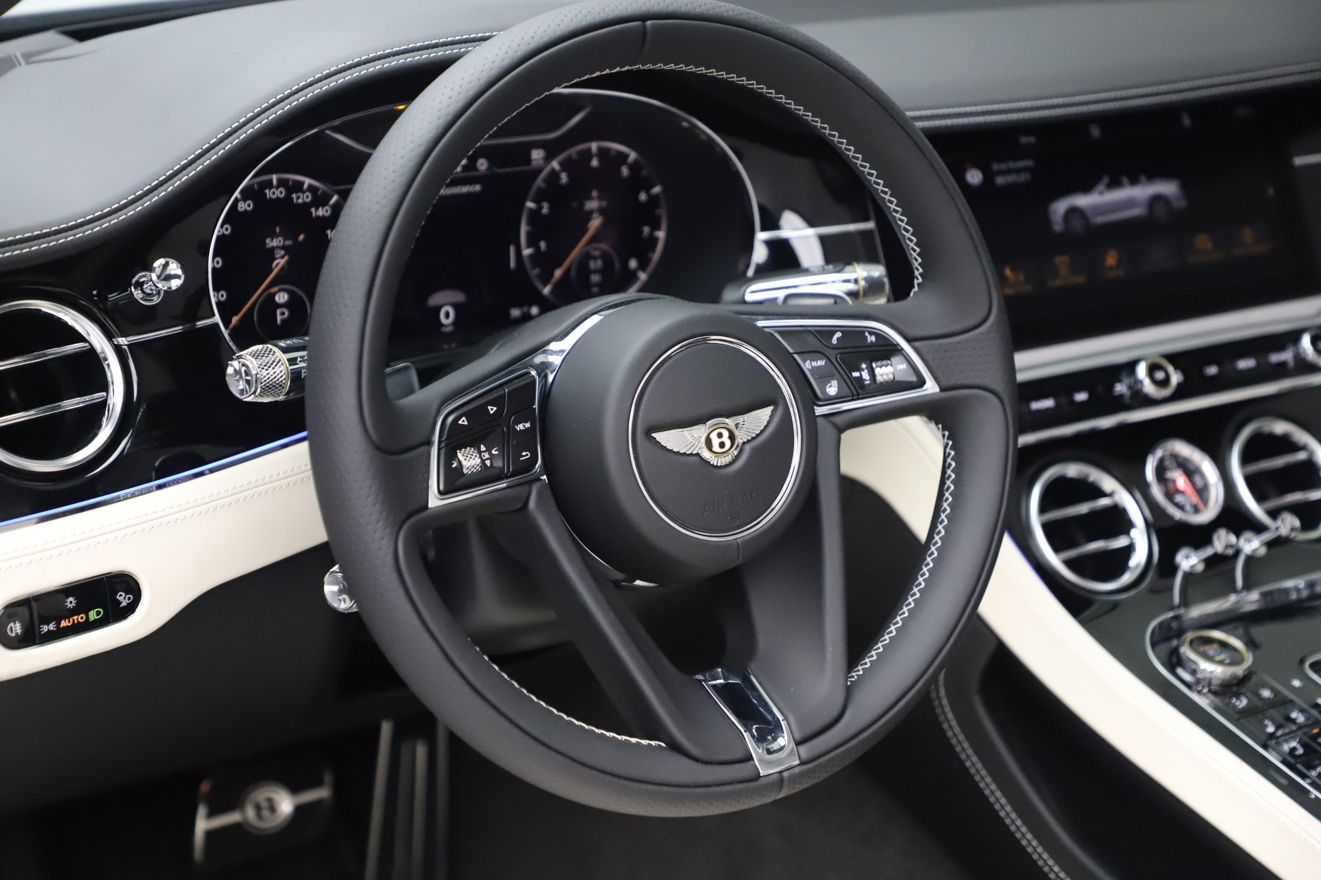 New 2020 Bentley Continental GTC V8 For Sale In Westport, CT 3561_p29