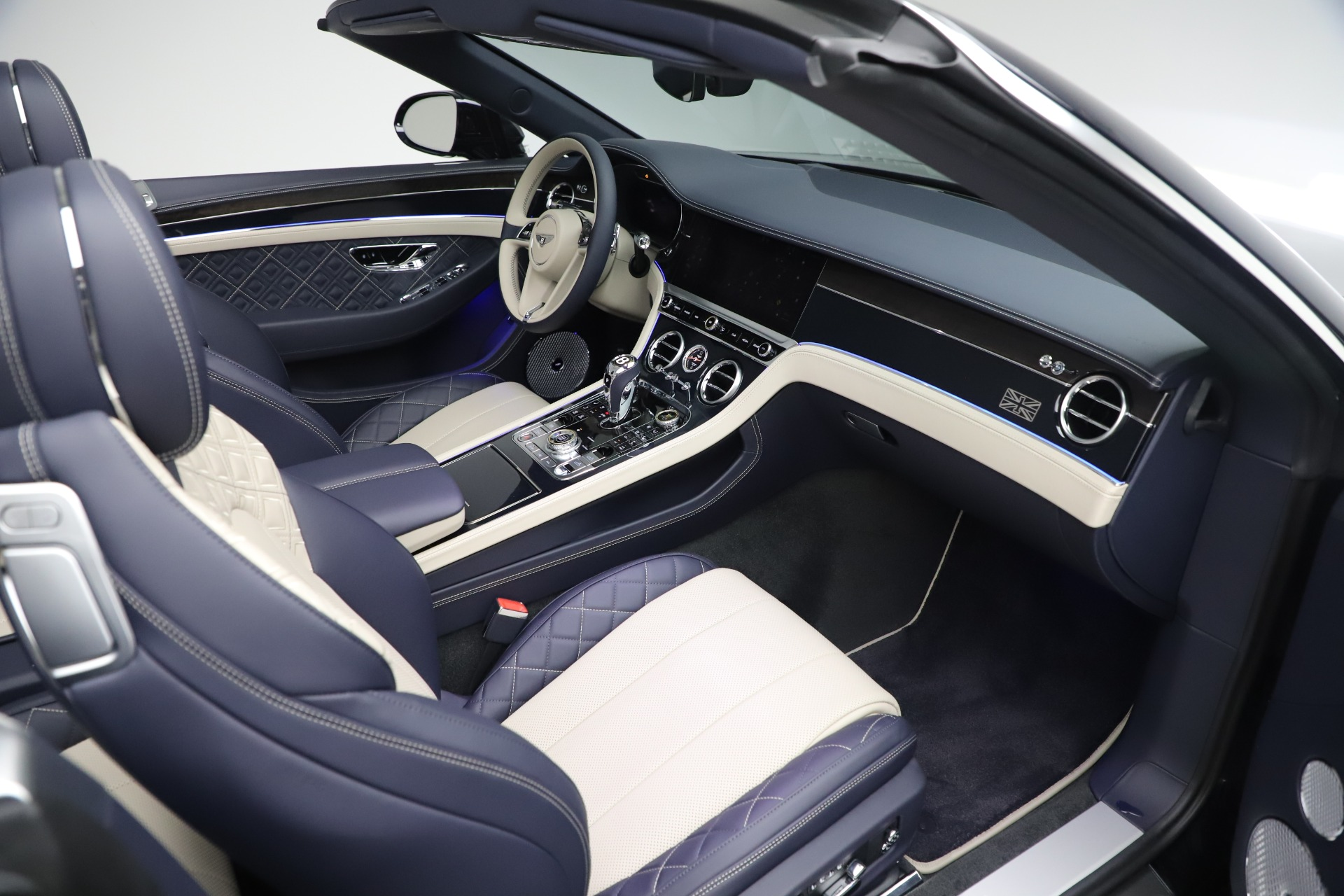 New 2020 Bentley Continental GTC V8 For Sale In Westport, CT 3566_p29