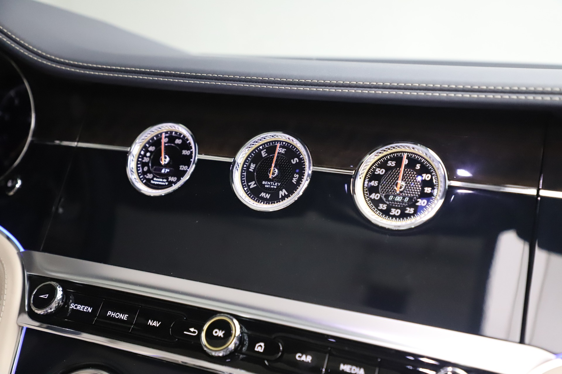 New 2020 Bentley Continental GTC V8 For Sale In Westport, CT 3566_p32