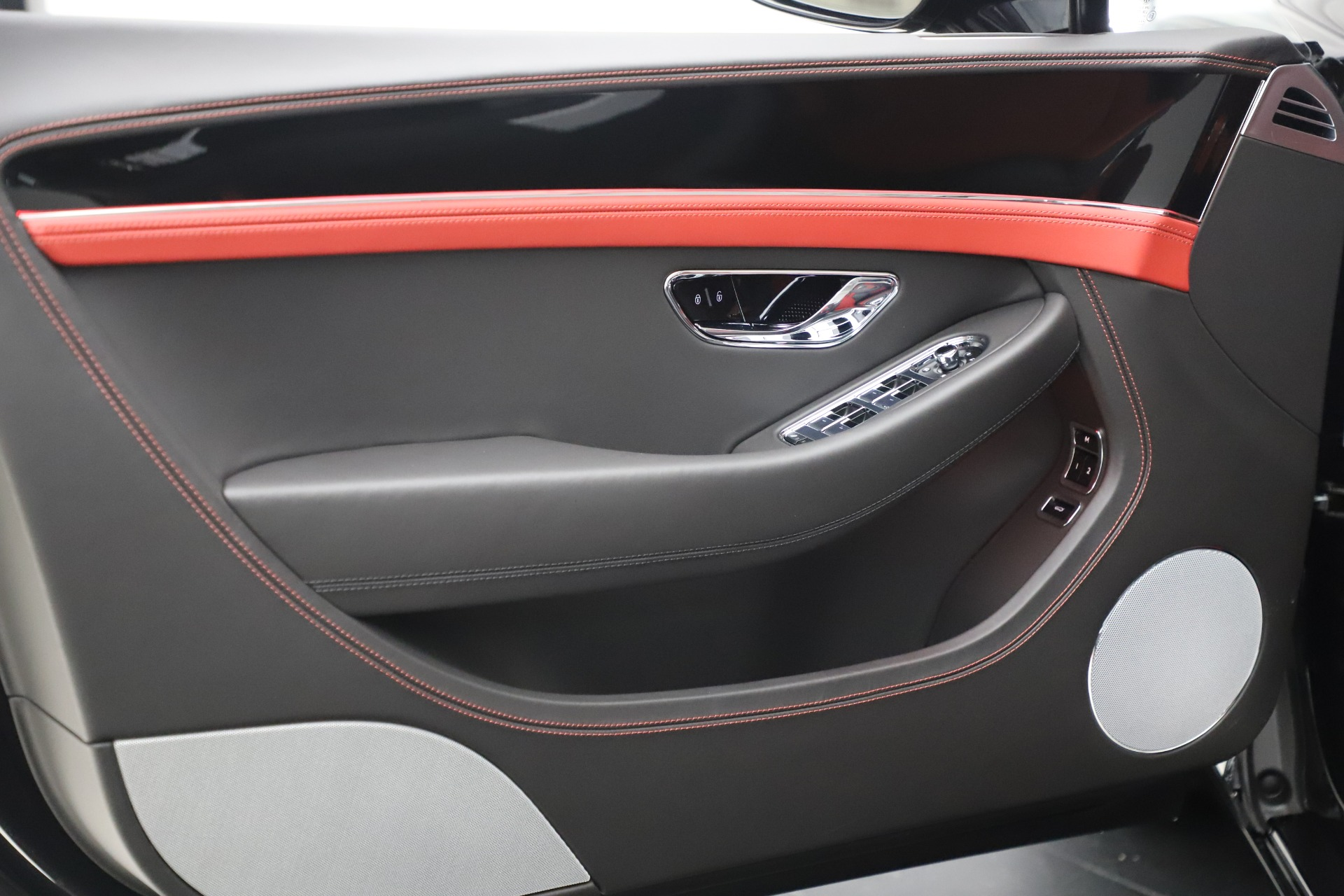 New 2020 Bentley Continental GTC V8 For Sale In Westport, CT 3575_p23