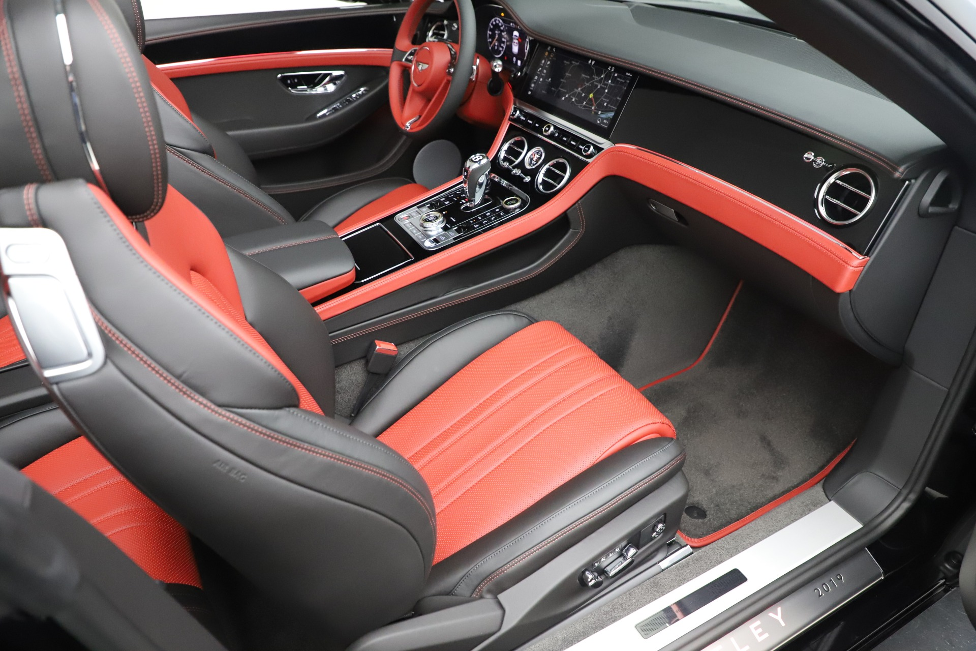New 2020 Bentley Continental GTC V8 For Sale In Westport, CT 3575_p32