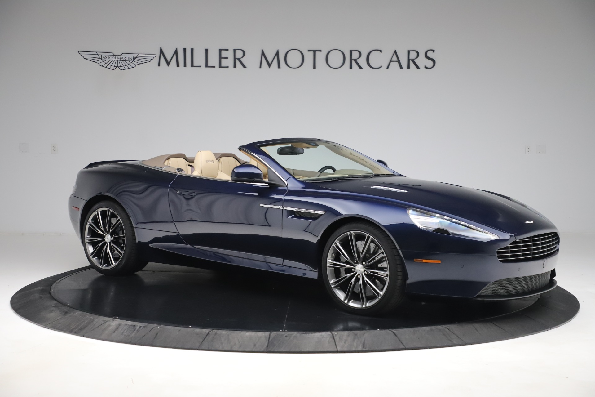 Used 2014 Aston Martin DB9 Volante For Sale In Westport, CT 3591_p10
